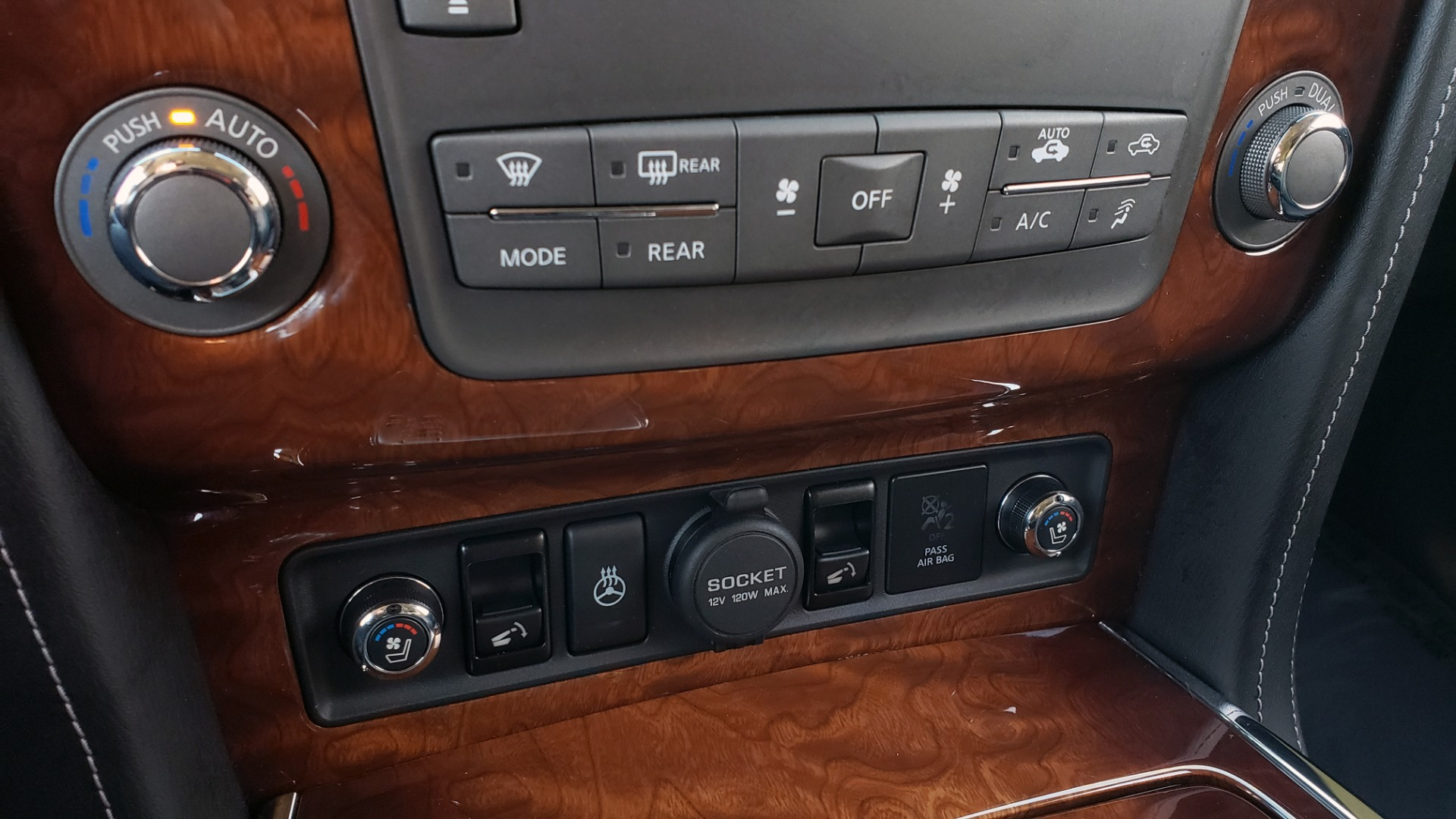 Used 2017 INFINITI QX80 4WD / NAV / SUNROOF / 3-ROW / THEATER PKG / REARVIEW for sale Sold at Formula Imports in Charlotte NC 28227 53