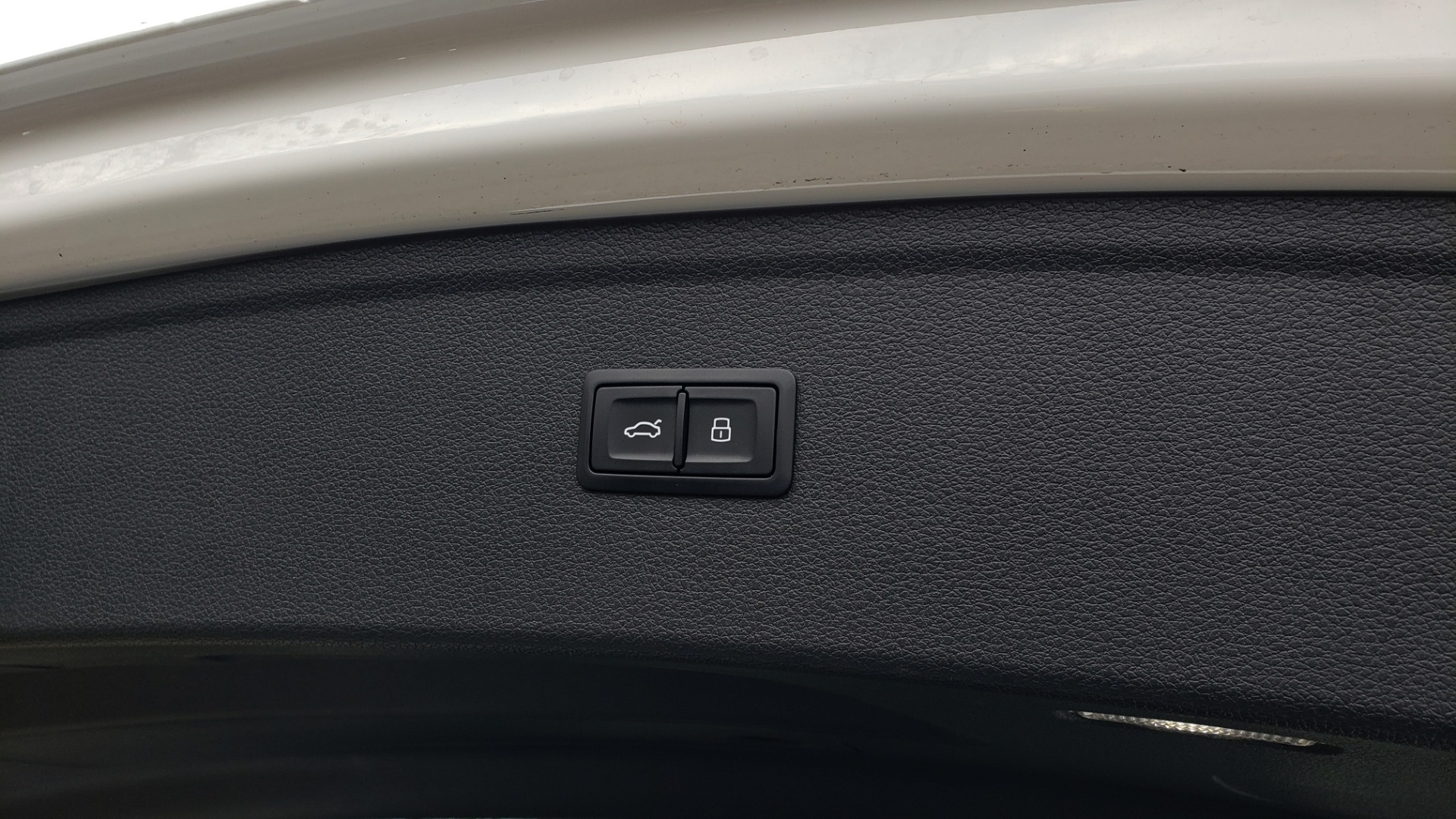 Used 2018 Audi Q5 PREMIUM PLUS / NAV PKG / SUNROOF / CLD WTHR / REARVIEW for sale Sold at Formula Imports in Charlotte NC 28227 19