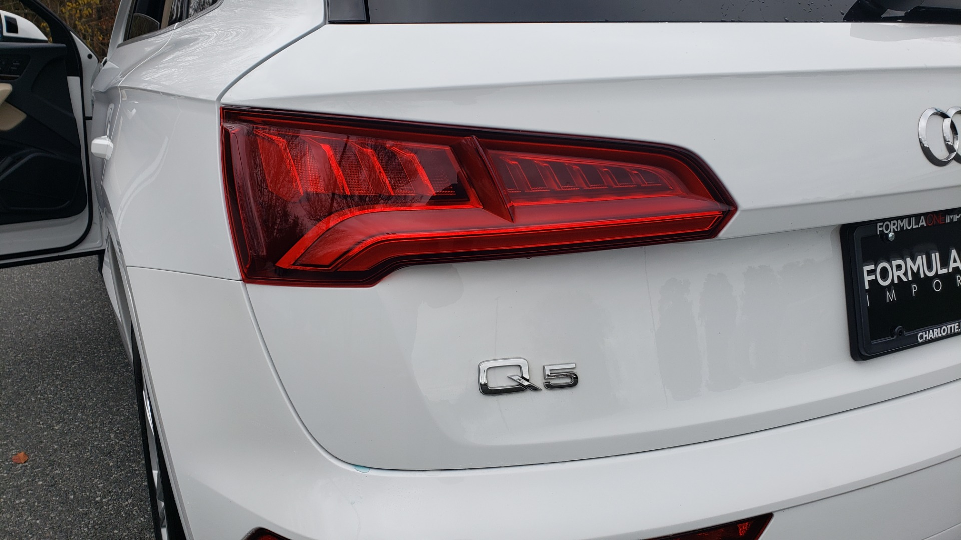 Used 2018 Audi Q5 PREMIUM PLUS / NAV PKG / SUNROOF / CLD WTHR / REARVIEW for sale Sold at Formula Imports in Charlotte NC 28227 29
