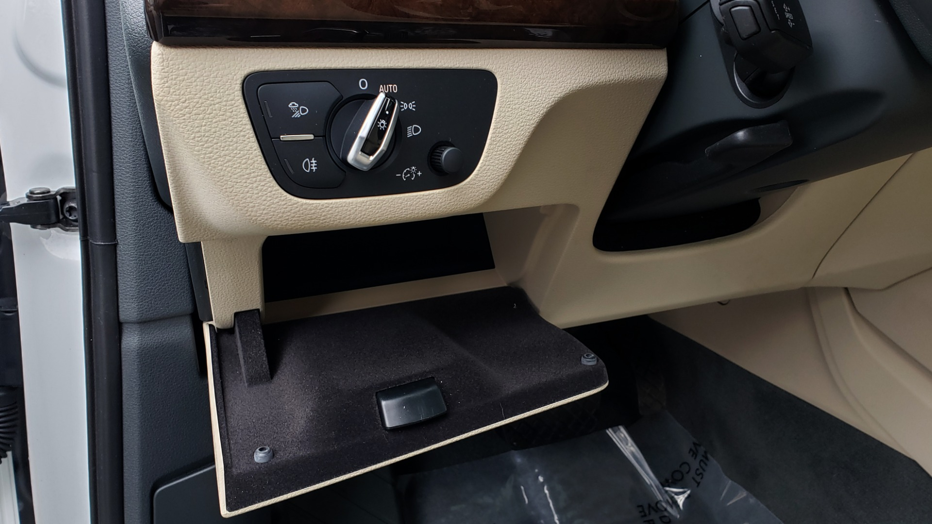 Used 2018 Audi Q5 PREMIUM PLUS / NAV PKG / SUNROOF / CLD WTHR / REARVIEW for sale Sold at Formula Imports in Charlotte NC 28227 42