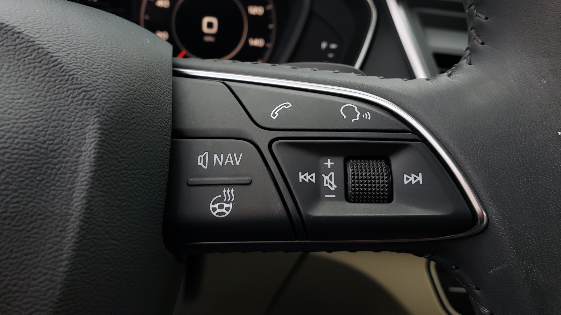 Used 2018 Audi Q5 PREMIUM PLUS / NAV PKG / SUNROOF / CLD WTHR / REARVIEW for sale Sold at Formula Imports in Charlotte NC 28227 48