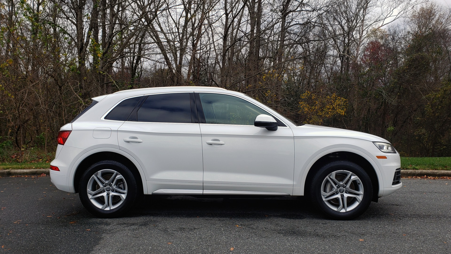 Used 2018 Audi Q5 PREMIUM PLUS / NAV PKG / SUNROOF / CLD WTHR / REARVIEW for sale Sold at Formula Imports in Charlotte NC 28227 5