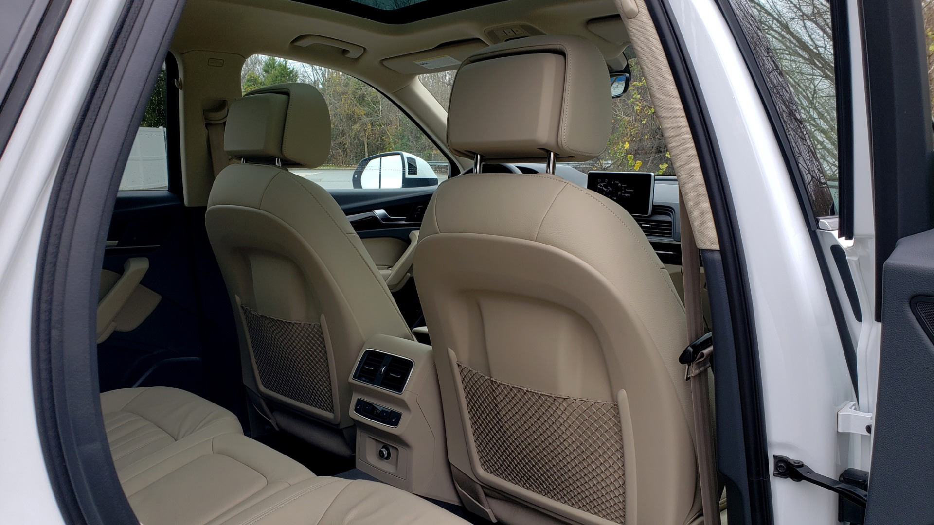 Used 2018 Audi Q5 PREMIUM PLUS / NAV PKG / SUNROOF / CLD WTHR / REARVIEW for sale Sold at Formula Imports in Charlotte NC 28227 83