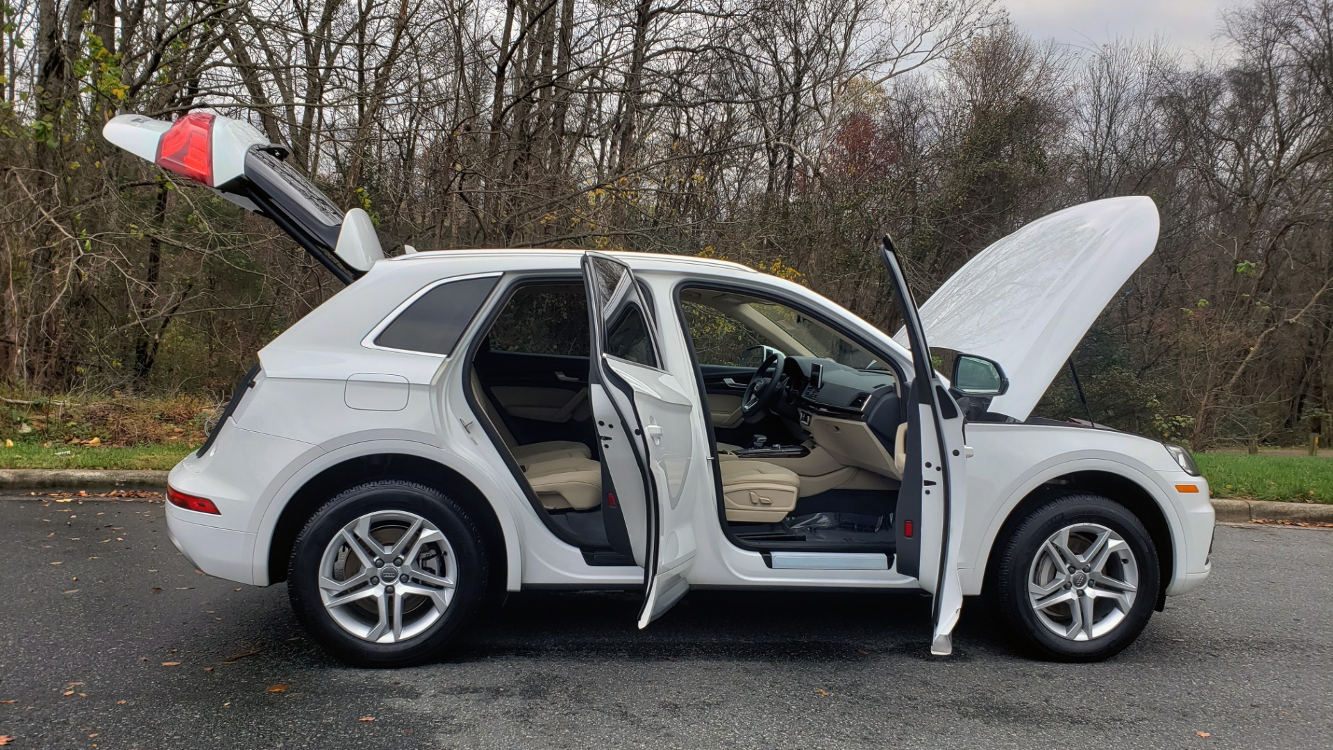 Used 2018 Audi Q5 PREMIUM PLUS / NAV PKG / SUNROOF / CLD WTHR / REARVIEW for sale Sold at Formula Imports in Charlotte NC 28227 9
