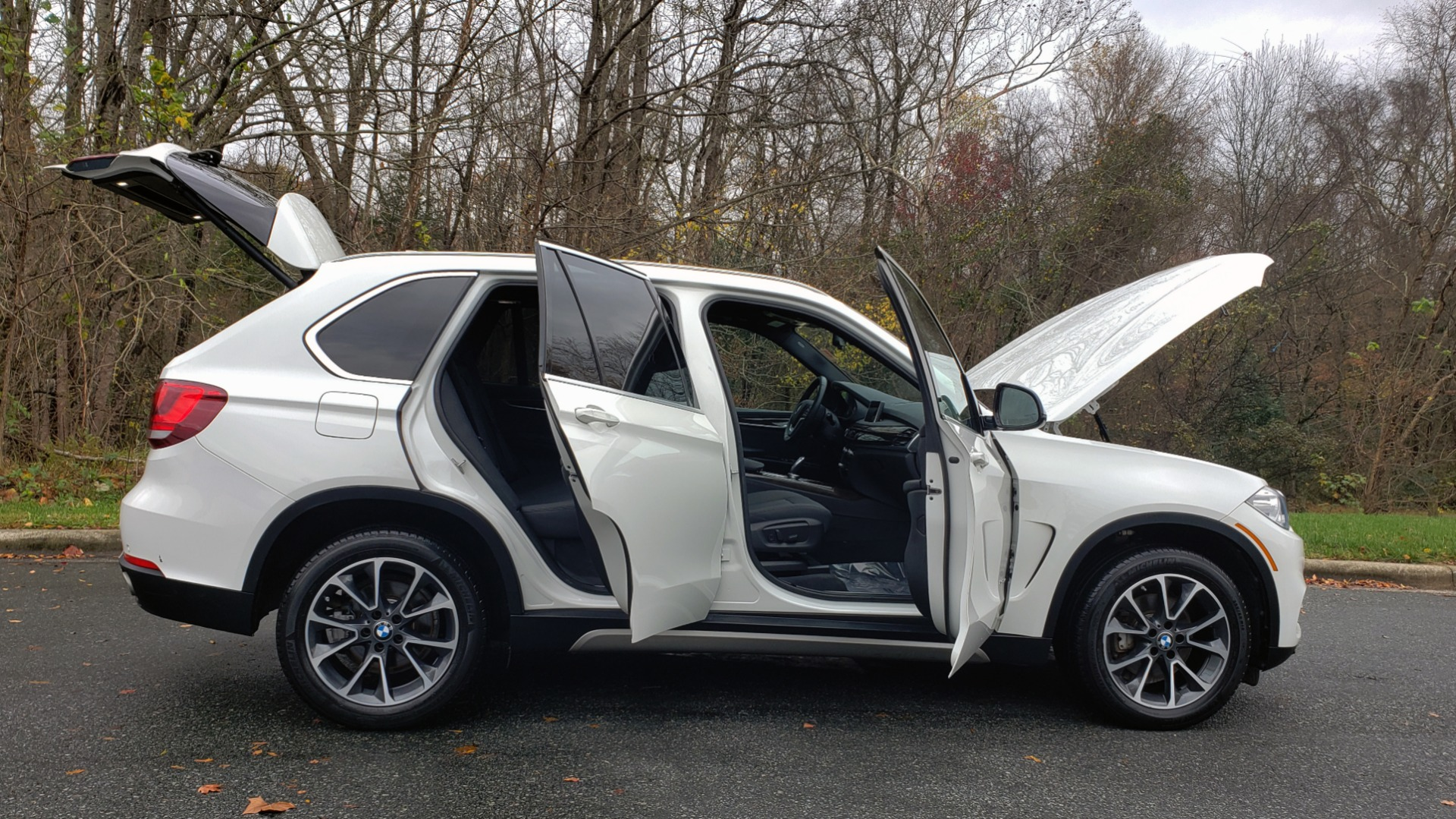 Used 2017 BMW X5 XDRIVE35D / AWD / NAV / DIESEL / SUNROOF / REARVIEW for sale $34,595 at Formula Imports in Charlotte NC 28227 10