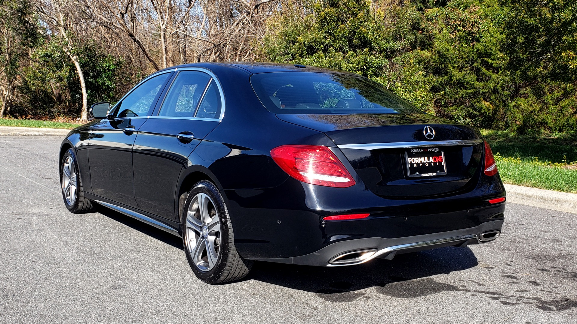 Used 2017 Mercedes-Benz E-CLASS E 300 PREMIUM / NAV / SUNROOF / BURMESTER / HTD STS / REARVIEW for sale Sold at Formula Imports in Charlotte NC 28227 3