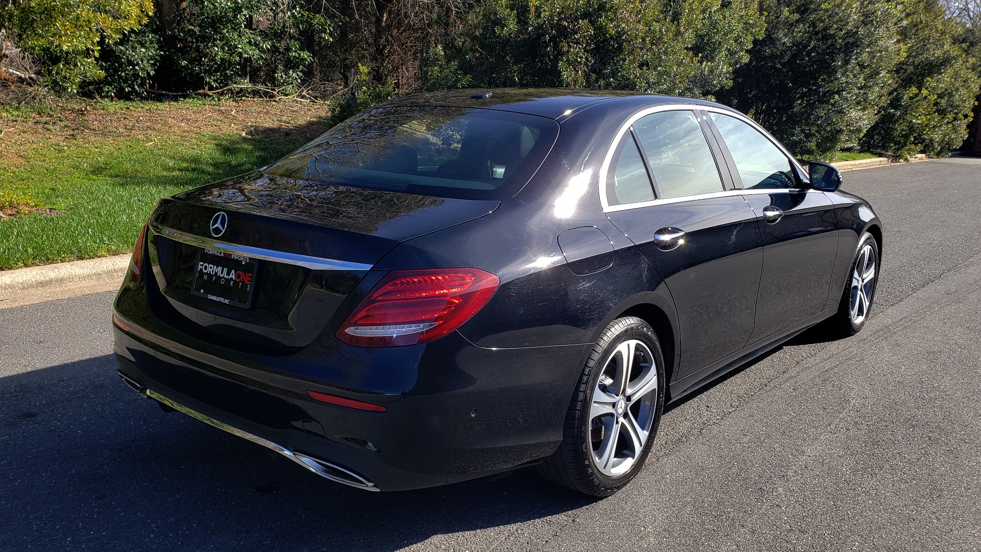 Used 2017 Mercedes-Benz E-CLASS E 300 PREMIUM / NAV / SUNROOF / BURMESTER / HTD STS / REARVIEW for sale Sold at Formula Imports in Charlotte NC 28227 6