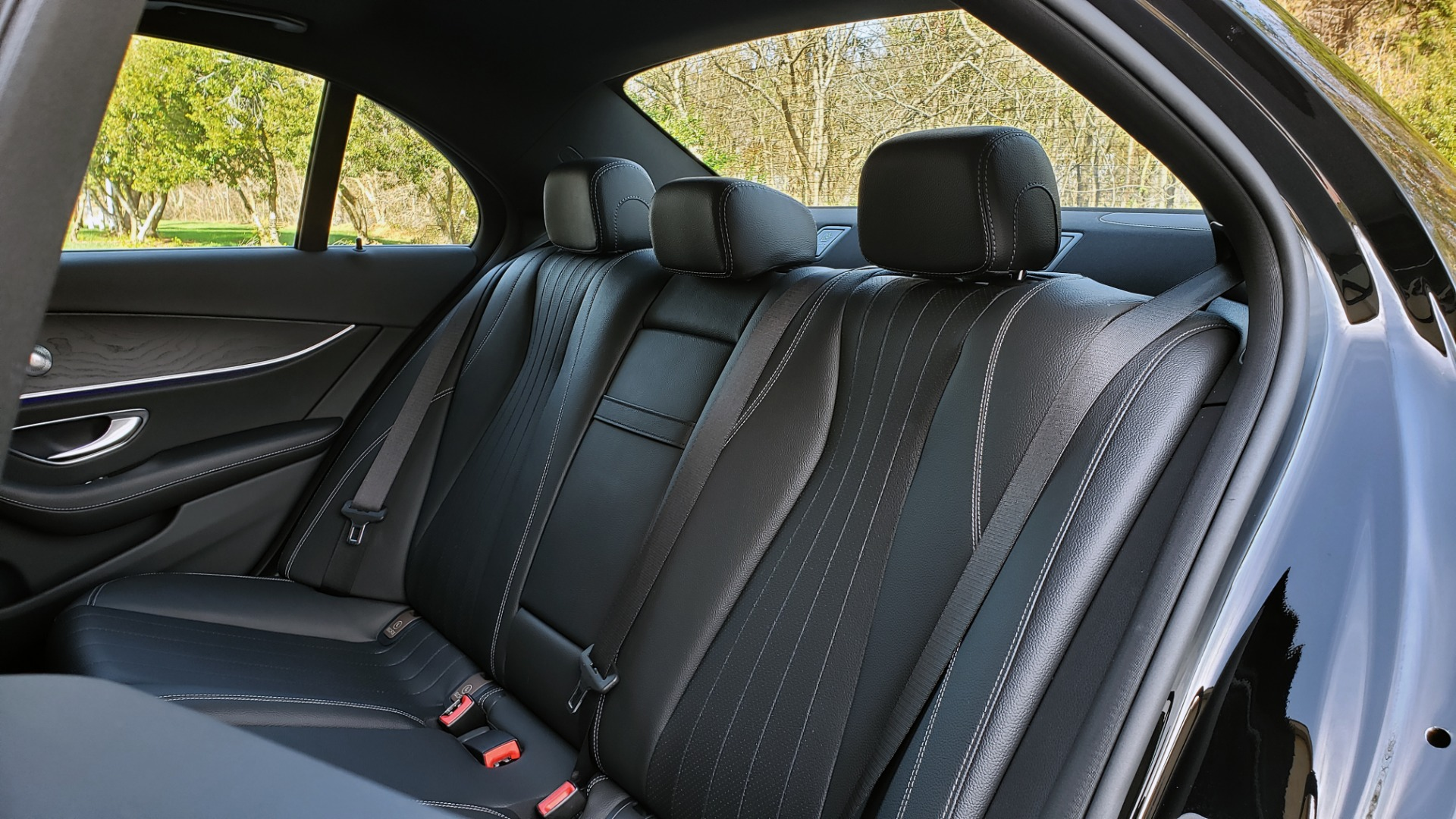 Used 2017 Mercedes-Benz E-CLASS E 300 PREMIUM / NAV / SUNROOF / BURMESTER / HTD STS / REARVIEW for sale $29,995 at Formula Imports in Charlotte NC 28227 64