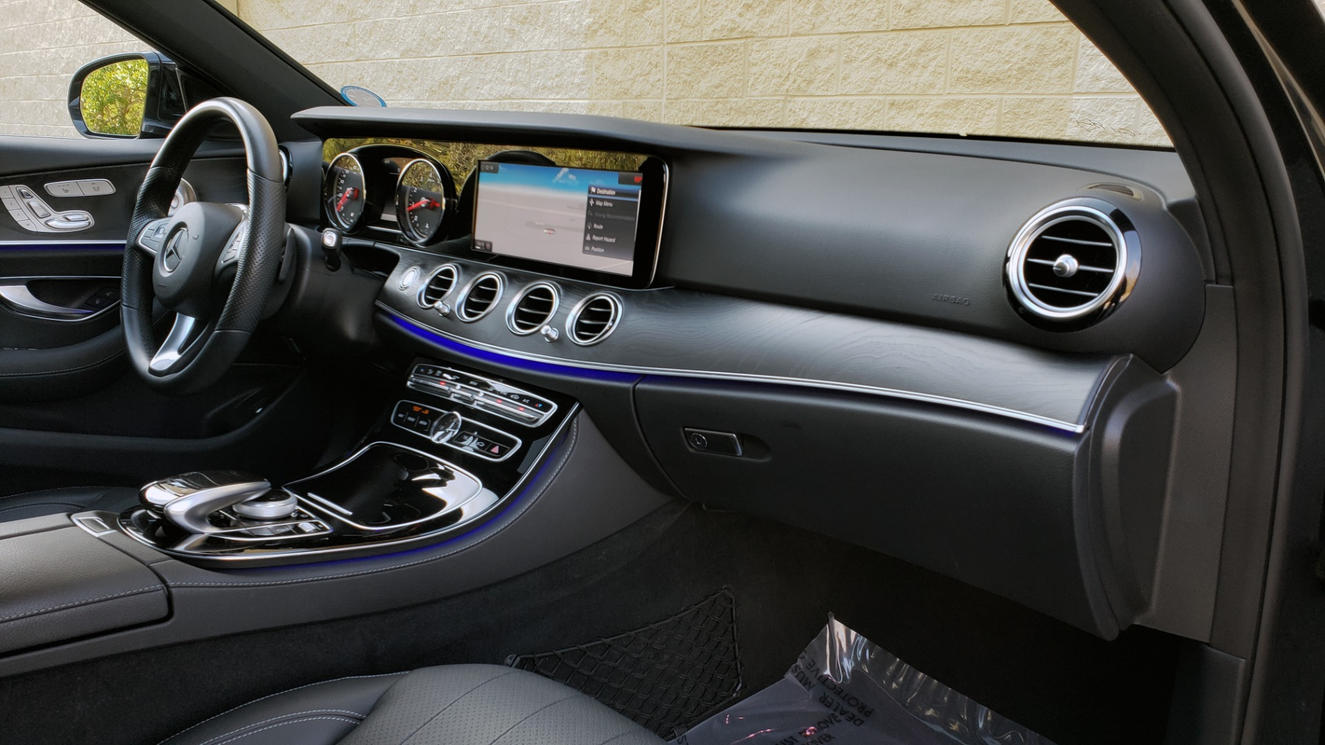 Used 2017 Mercedes-Benz E-CLASS E 300 PREMIUM / NAV / SUNROOF / BURMESTER / HTD STS / REARVIEW for sale $29,995 at Formula Imports in Charlotte NC 28227 69