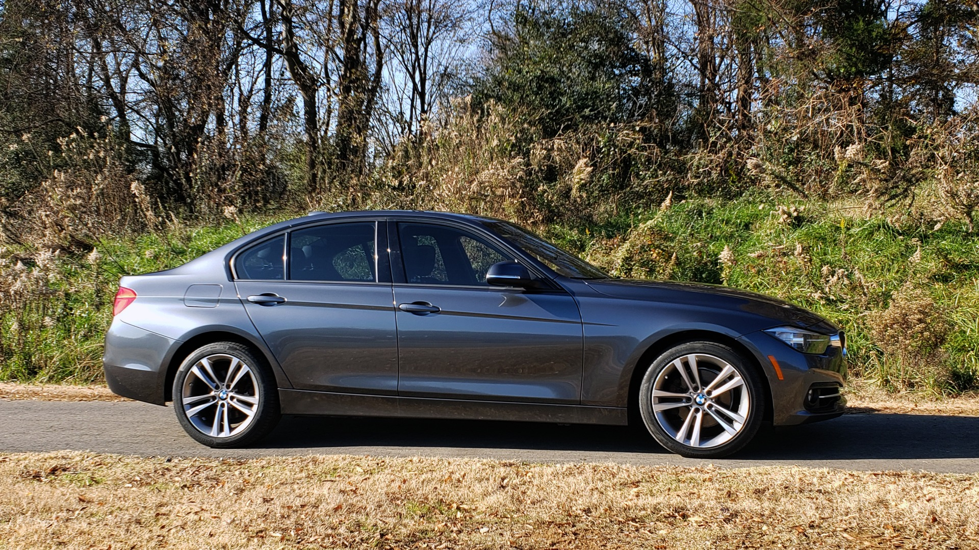 Used 2016 BMW 3 SERIES 328I / DRVR ASST / SUNROOF / PARK DIST CNTRL / REARVIEW for sale Sold at Formula Imports in Charlotte NC 28227 6