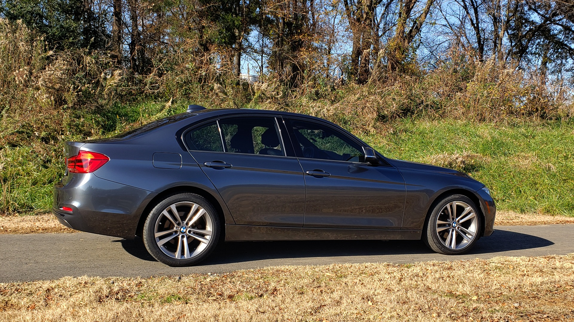 Used 2016 BMW 3 SERIES 328I / DRVR ASST / SUNROOF / PARK DIST CNTRL / REARVIEW for sale Sold at Formula Imports in Charlotte NC 28227 7