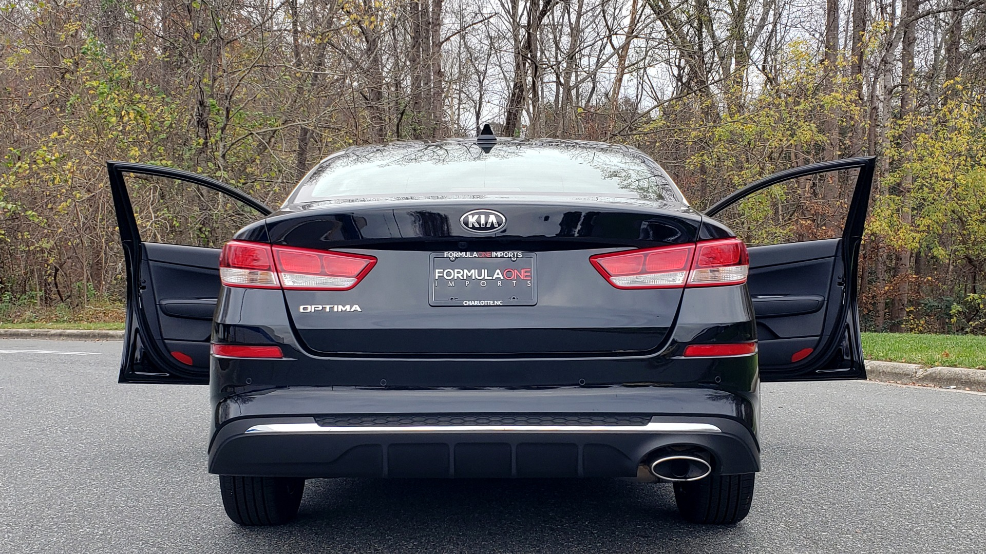 Used 2019 Kia OPTIMA LX AUTO / 2.4L 4-CYL / 6-SPD AUTO / REARVIEW / LOW MILES for sale $17,995 at Formula Imports in Charlotte NC 28227 24