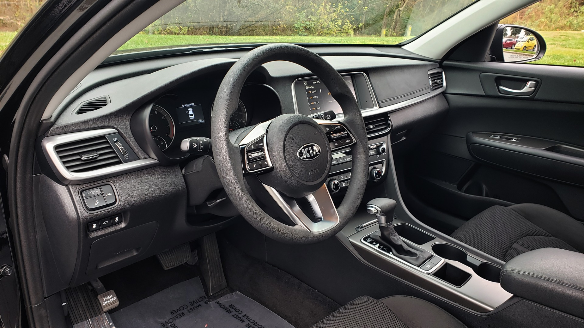 Used 2019 Kia OPTIMA LX AUTO / 2.4L 4-CYL / 6-SPD AUTO / REARVIEW / LOW MILES for sale $17,995 at Formula Imports in Charlotte NC 28227 33