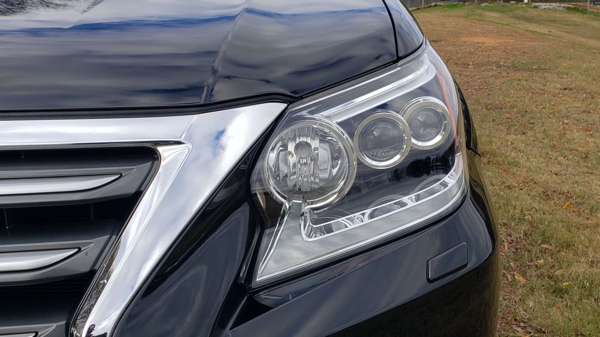 Used 2017 Lexus GX 460 PREMIUM / 4WD / NAV / SUNROOF / 3-ROW / BSM / REARVIEW for sale $34,995 at Formula Imports in Charlotte NC 28227 25