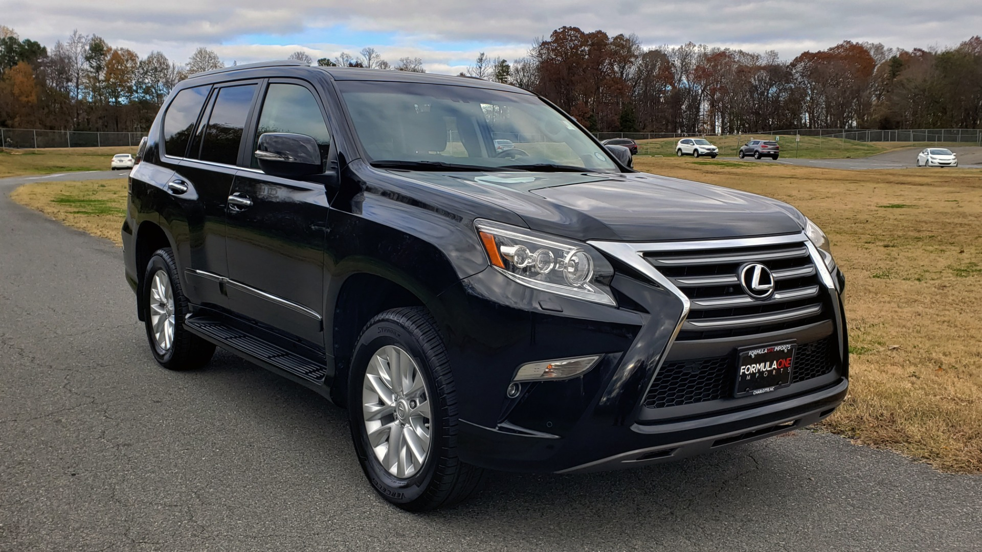 Used 2017 Lexus GX 460 PREMIUM / 4WD / NAV / SUNROOF / 3-ROW / BSM / REARVIEW for sale $34,995 at Formula Imports in Charlotte NC 28227 4