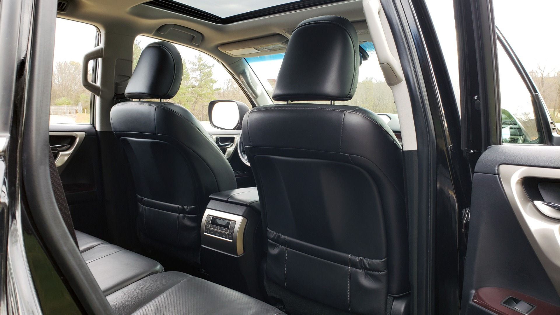 Used 2017 Lexus GX 460 PREMIUM / 4WD / NAV / SUNROOF / 3-ROW / BSM / REARVIEW for sale $34,995 at Formula Imports in Charlotte NC 28227 77