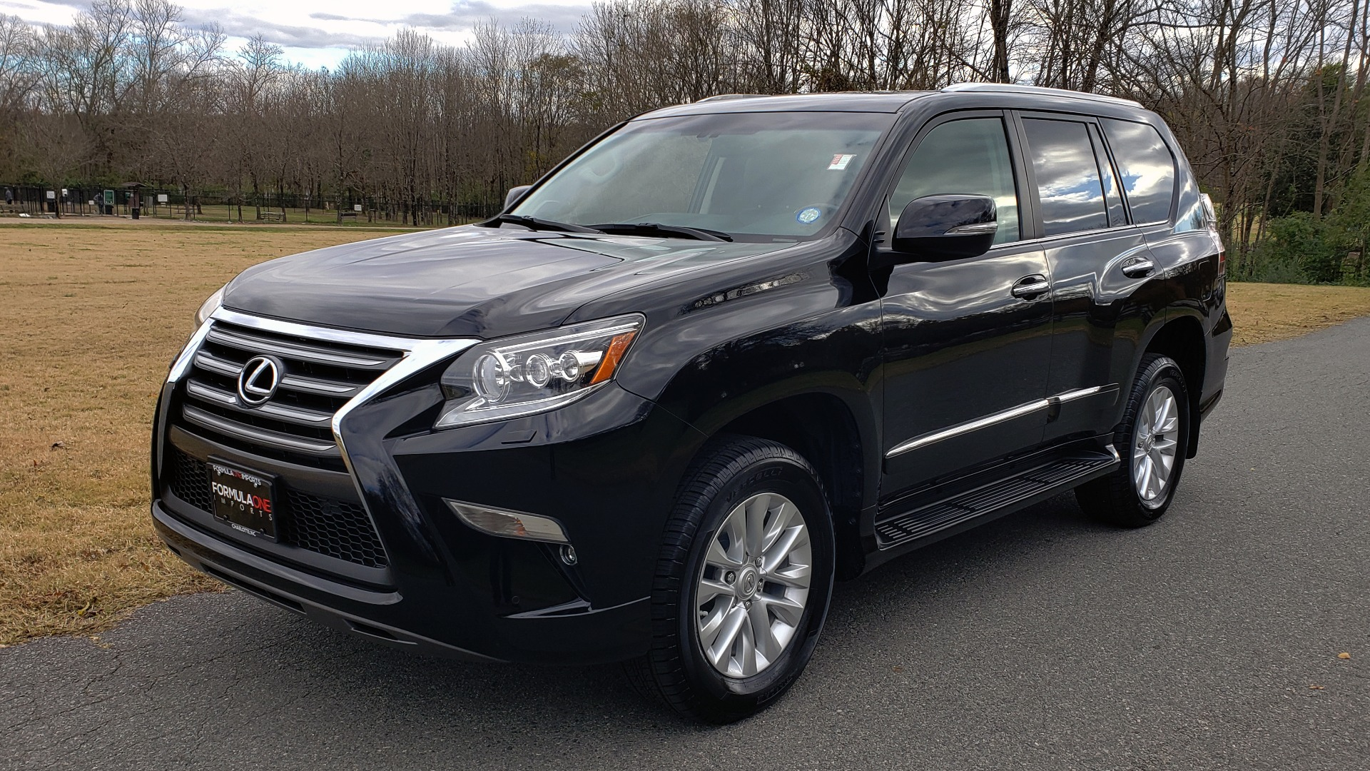Used 2017 Lexus GX 460 PREMIUM / 4WD / NAV / SUNROOF / 3-ROW / BSM / REARVIEW for sale $34,995 at Formula Imports in Charlotte NC 28227 1