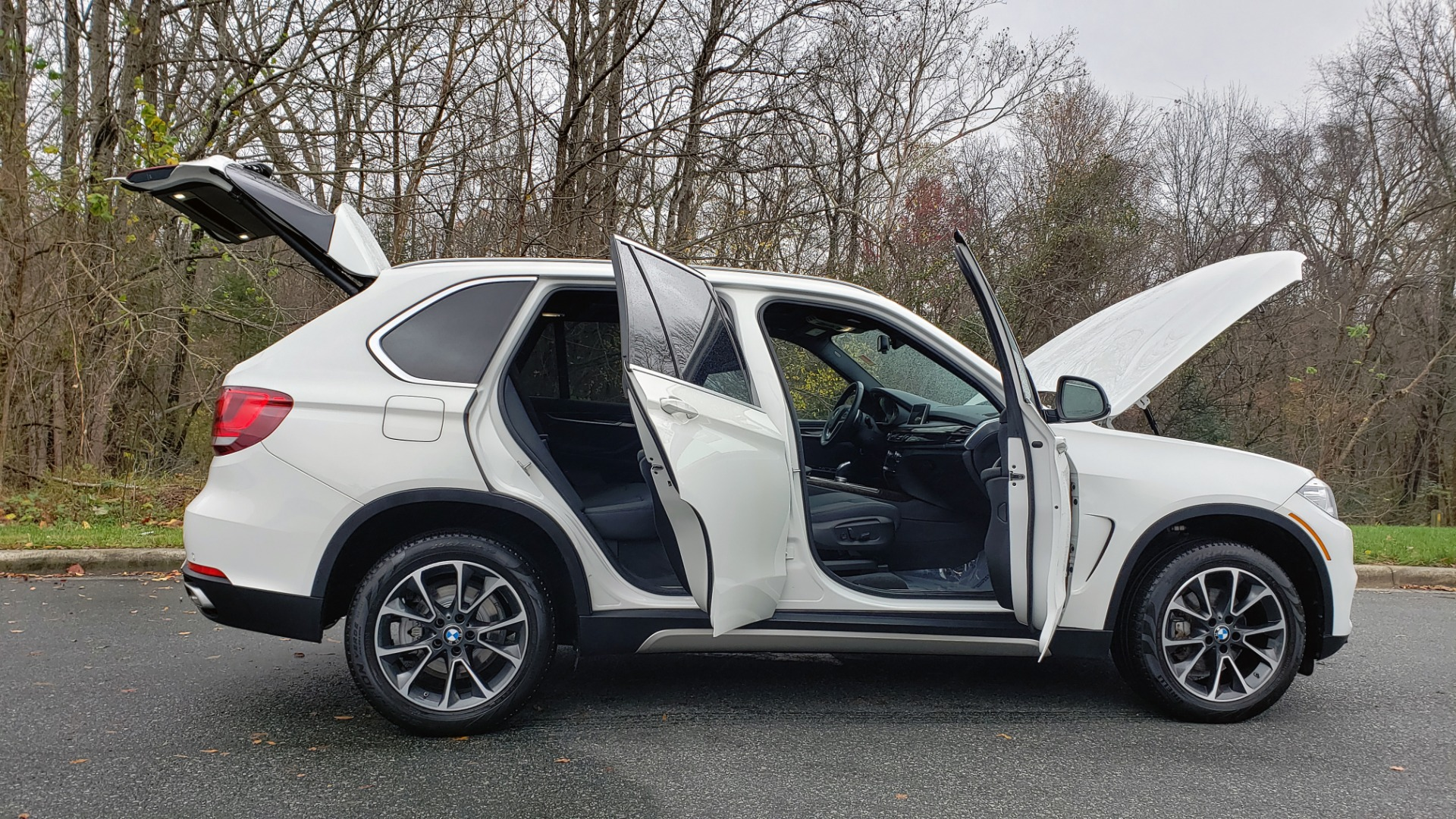 Used 2018 BMW X5 XDRIVE35I / AWD / NAV / HTD STS / SUNROOF / REARVIEW for sale Sold at Formula Imports in Charlotte NC 28227 9