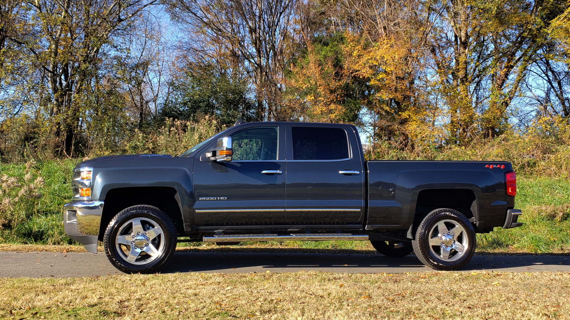 Used 2018 Chevrolet SILVERADO 2500HD LTZ 4WD CREWCAB / DURAMAX / ALLISON / NAV / BOSE / SUNROOF for sale Sold at Formula Imports in Charlotte NC 28227 2