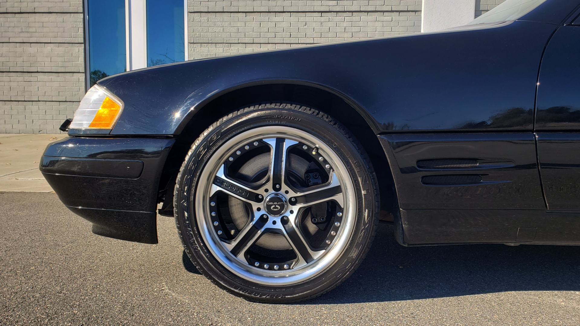 Used 1999 Mercedes-Benz SL-CLASS ROADSTER / 5.0L V8 (302HP) / 5-SPD AUTO / 18IN WHEELS for sale Sold at Formula Imports in Charlotte NC 28227 71