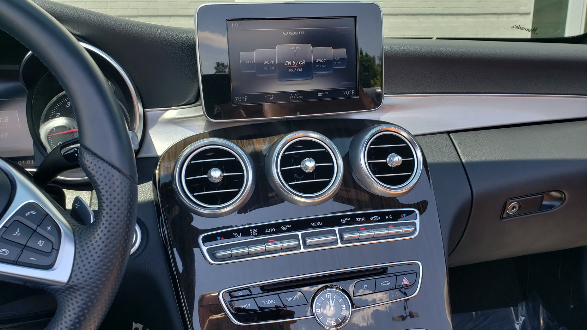 Used 2018 Mercedes-Benz C-CLASS C 300 CABRIOLET PREMIUM / AWD / BURMESTER SND / APPLE / REARVIEW for sale $44,995 at Formula Imports in Charlotte NC 28227 57