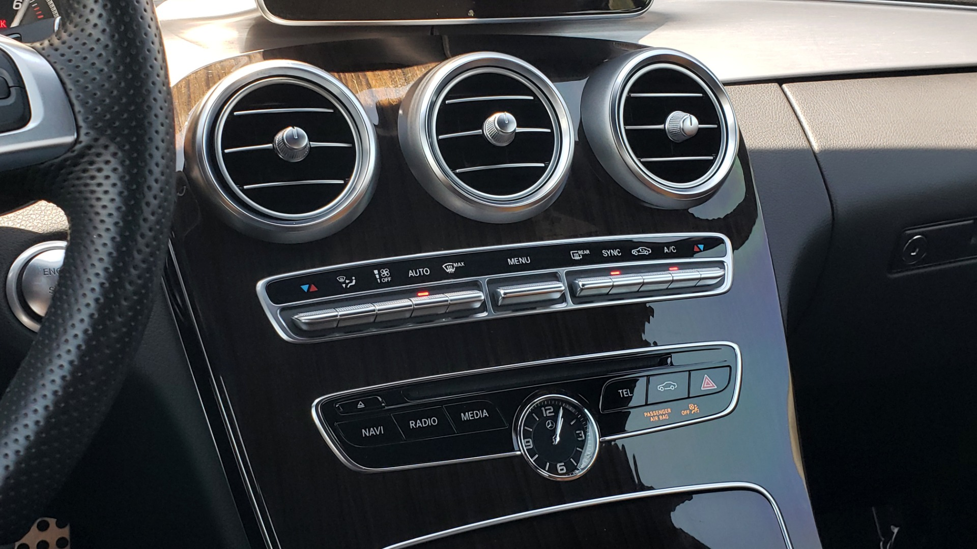 Used 2018 Mercedes-Benz C-CLASS C 300 CABRIOLET PREMIUM / AWD / BURMESTER SND / APPLE / REARVIEW for sale $44,995 at Formula Imports in Charlotte NC 28227 71
