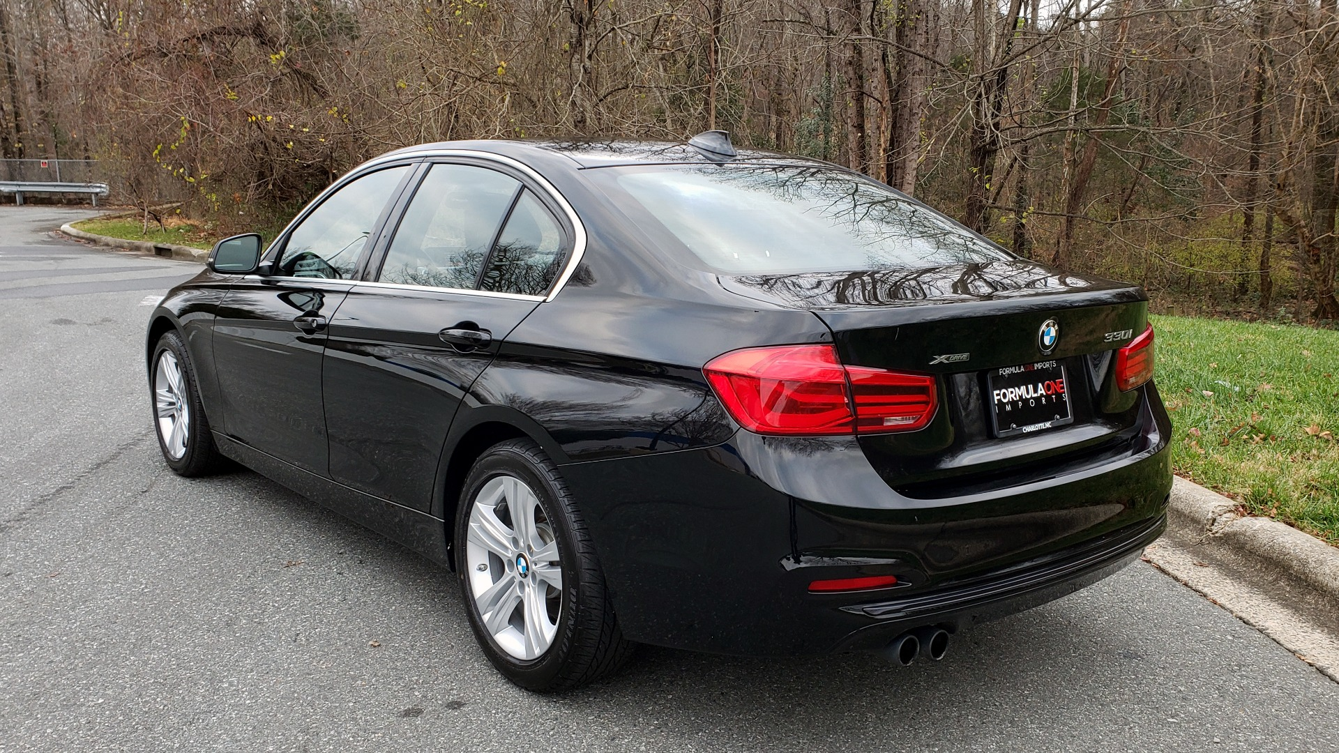 Used 2017 BMW 3 SERIES 330I XDRIVE / AWD / HEATED SEATS / LOW MILES for sale $23,495 at Formula Imports in Charlotte NC 28227 3