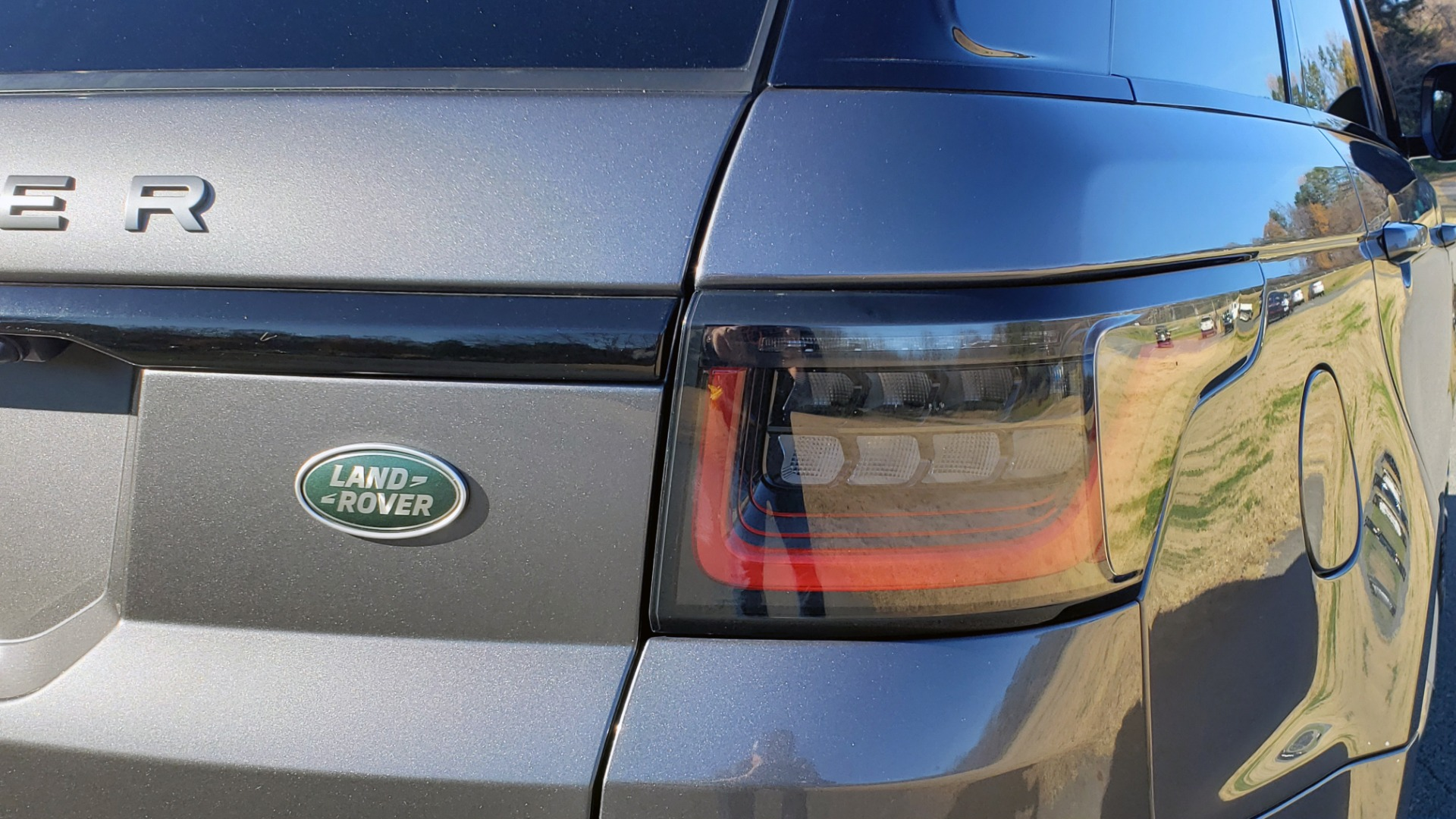 Used 2018 Land Rover RANGE ROVER SPORT DYNAMIC SC V8 / CLIMATE CMFRT / VISION ASST / MERIDIAN for sale Sold at Formula Imports in Charlotte NC 28227 14