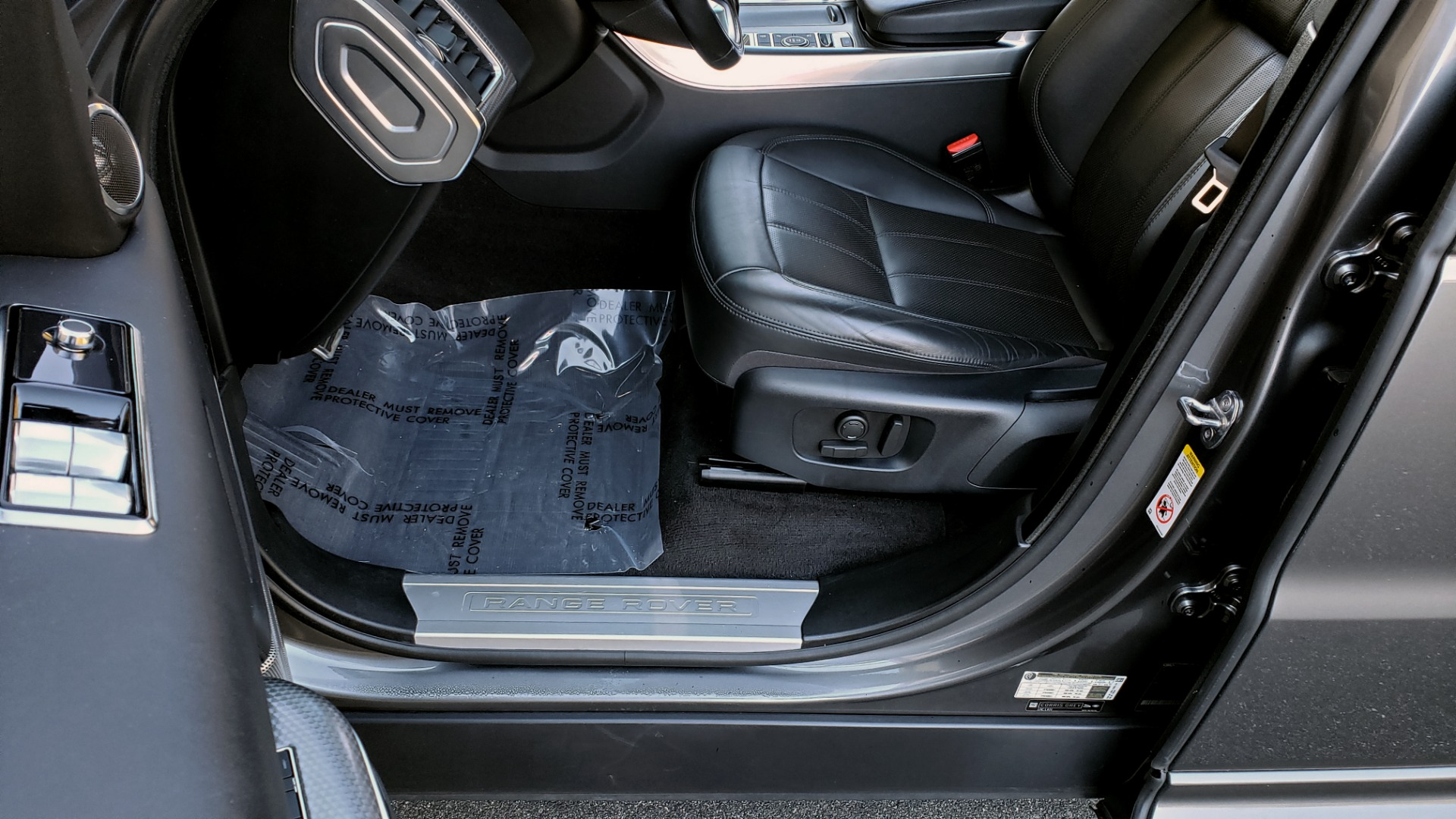 Used 2018 Land Rover RANGE ROVER SPORT DYNAMIC SC V8 / CLIMATE CMFRT / VISION ASST / MERIDIAN for sale Sold at Formula Imports in Charlotte NC 28227 43