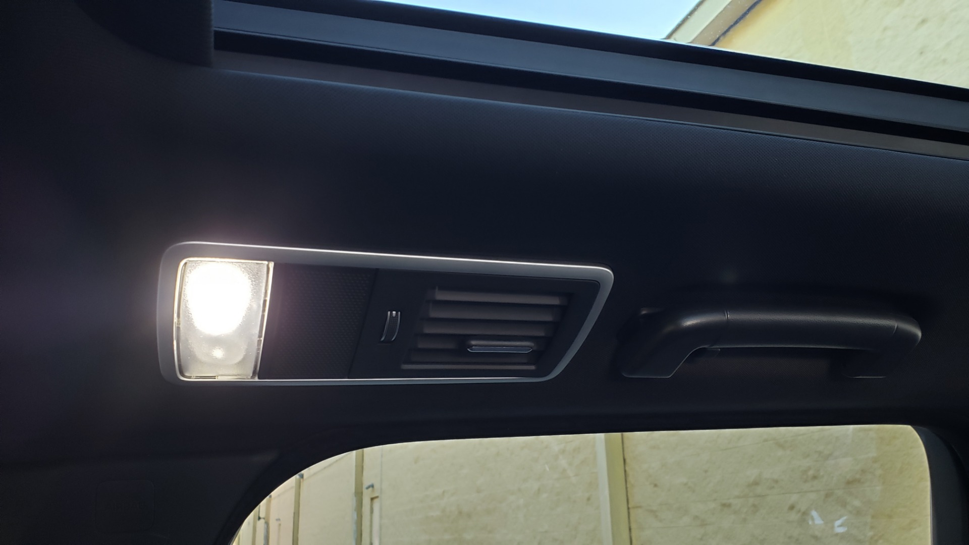 Used 2018 Land Rover RANGE ROVER SPORT DYNAMIC SC V8 / CLIMATE CMFRT / VISION ASST / MERIDIAN for sale Sold at Formula Imports in Charlotte NC 28227 91