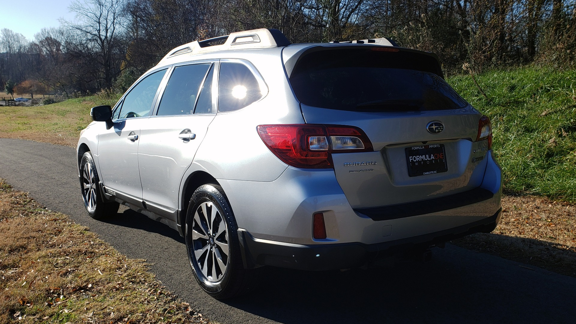 Used 2015 Subaru OUTBACK 2.5I LIMITED / AWD / 2.5L 4-CYL / AUTO / 18IN WHEELS for sale $14,900 at Formula Imports in Charlotte NC 28227 3