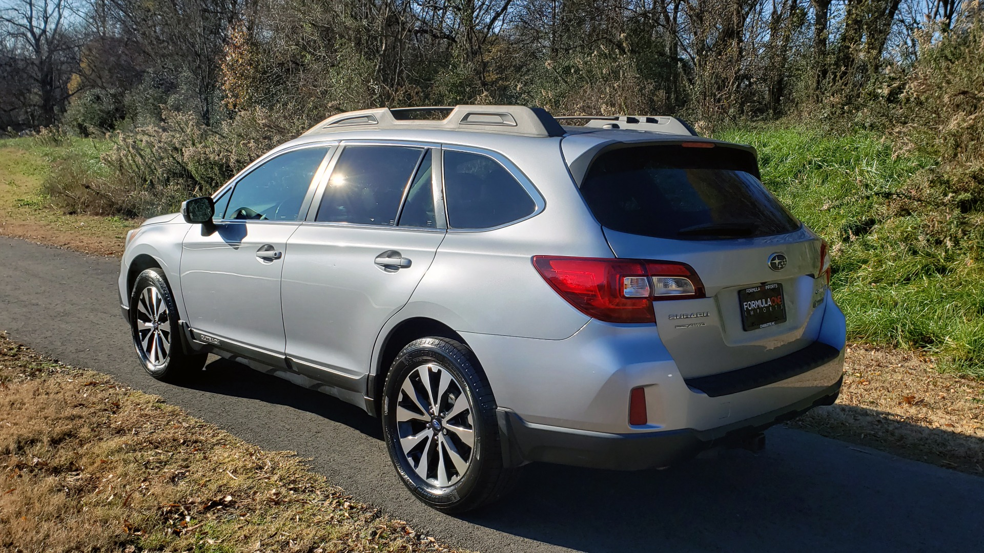 Used 2015 Subaru OUTBACK 2.5I LIMITED / AWD / 2.5L 4-CYL / AUTO / 18IN WHEELS for sale $14,900 at Formula Imports in Charlotte NC 28227 4