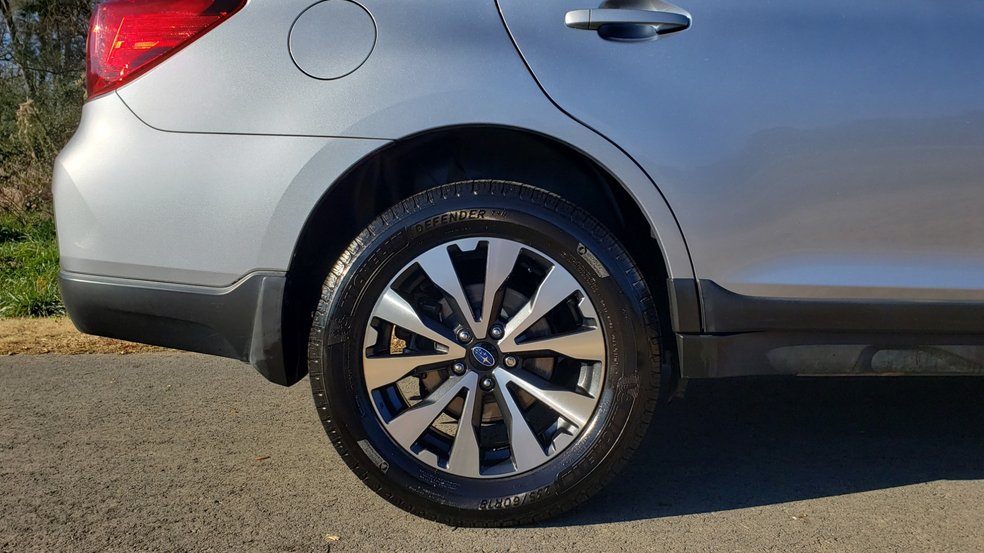 Used 2015 Subaru OUTBACK 2.5I LIMITED / AWD / 2.5L 4-CYL / AUTO / 18IN WHEELS for sale $14,900 at Formula Imports in Charlotte NC 28227 76
