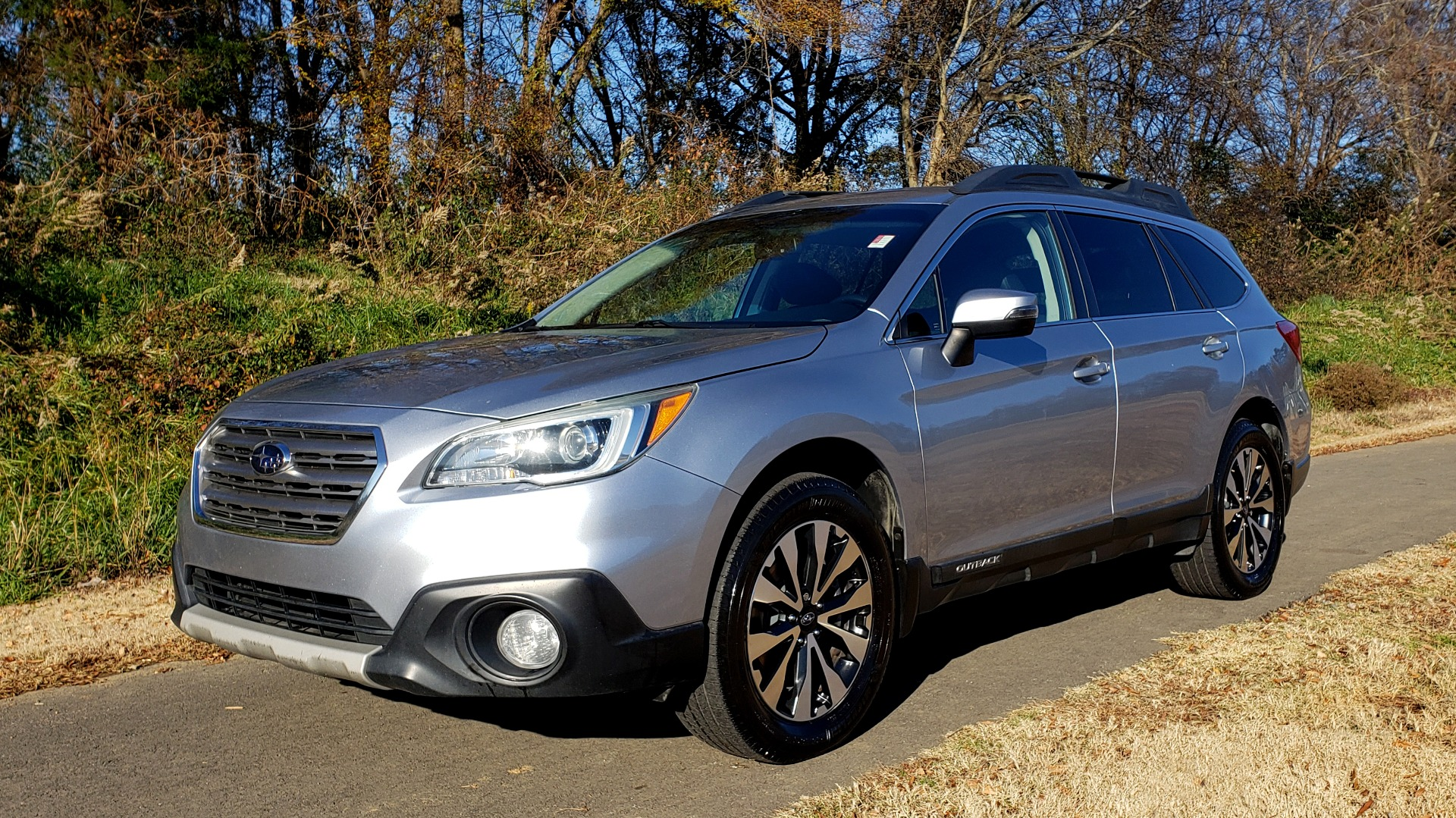 Used 2015 Subaru OUTBACK 2.5I LIMITED / AWD / 2.5L 4-CYL / AUTO / 18IN WHEELS for sale $14,900 at Formula Imports in Charlotte NC 28227 1