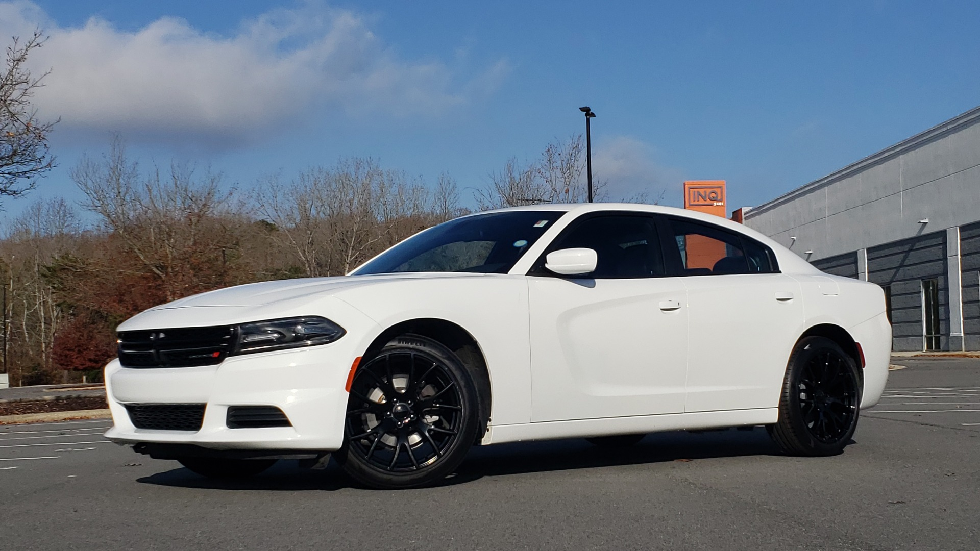 Used 2020 Dodge CHARGER SXT / RWD / V6 / 8-SPD AUTO / LTHR / HTD STS / SUNROOF / REARVIEW for sale $25,995 at Formula Imports in Charlotte NC 28227 3