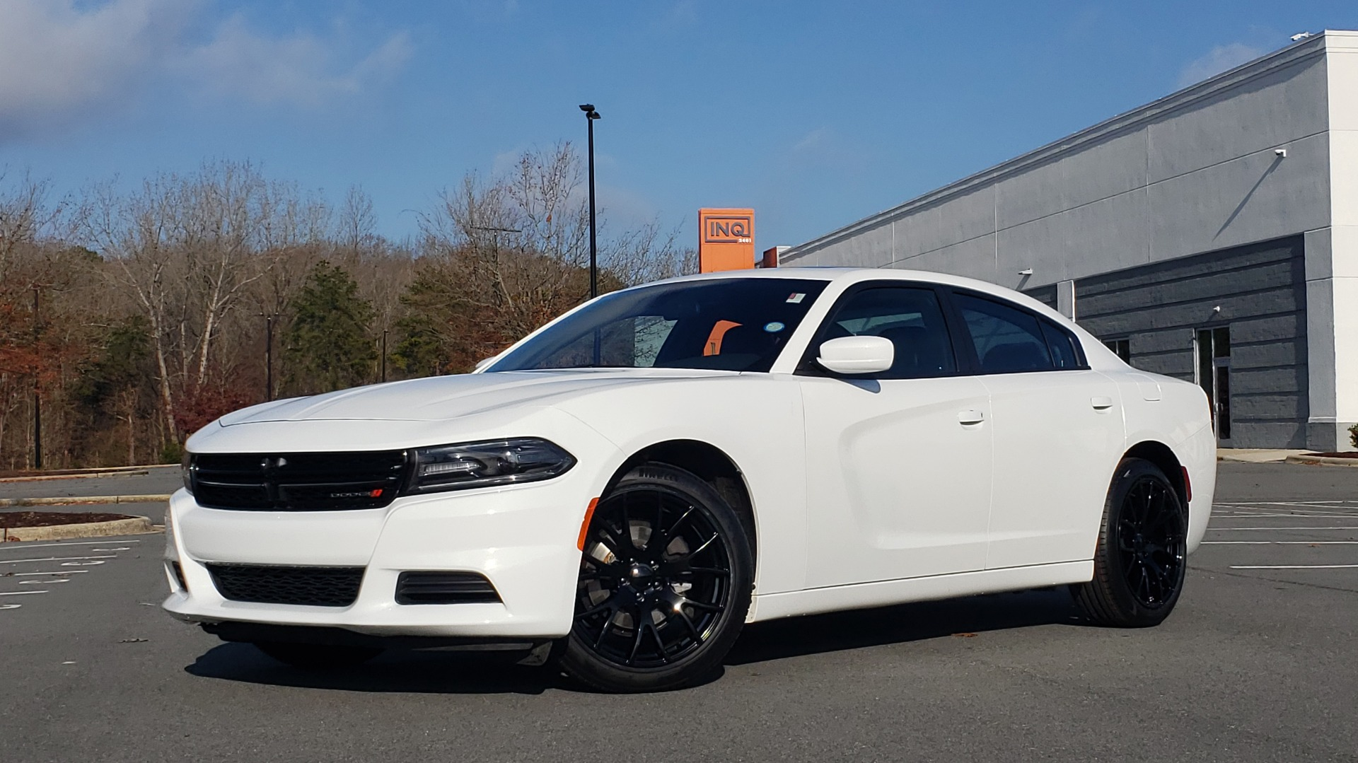 Used 2020 Dodge CHARGER SXT / RWD / V6 / 8-SPD AUTO / LTHR / HTD STS / SUNROOF / REARVIEW for sale $25,995 at Formula Imports in Charlotte NC 28227 1