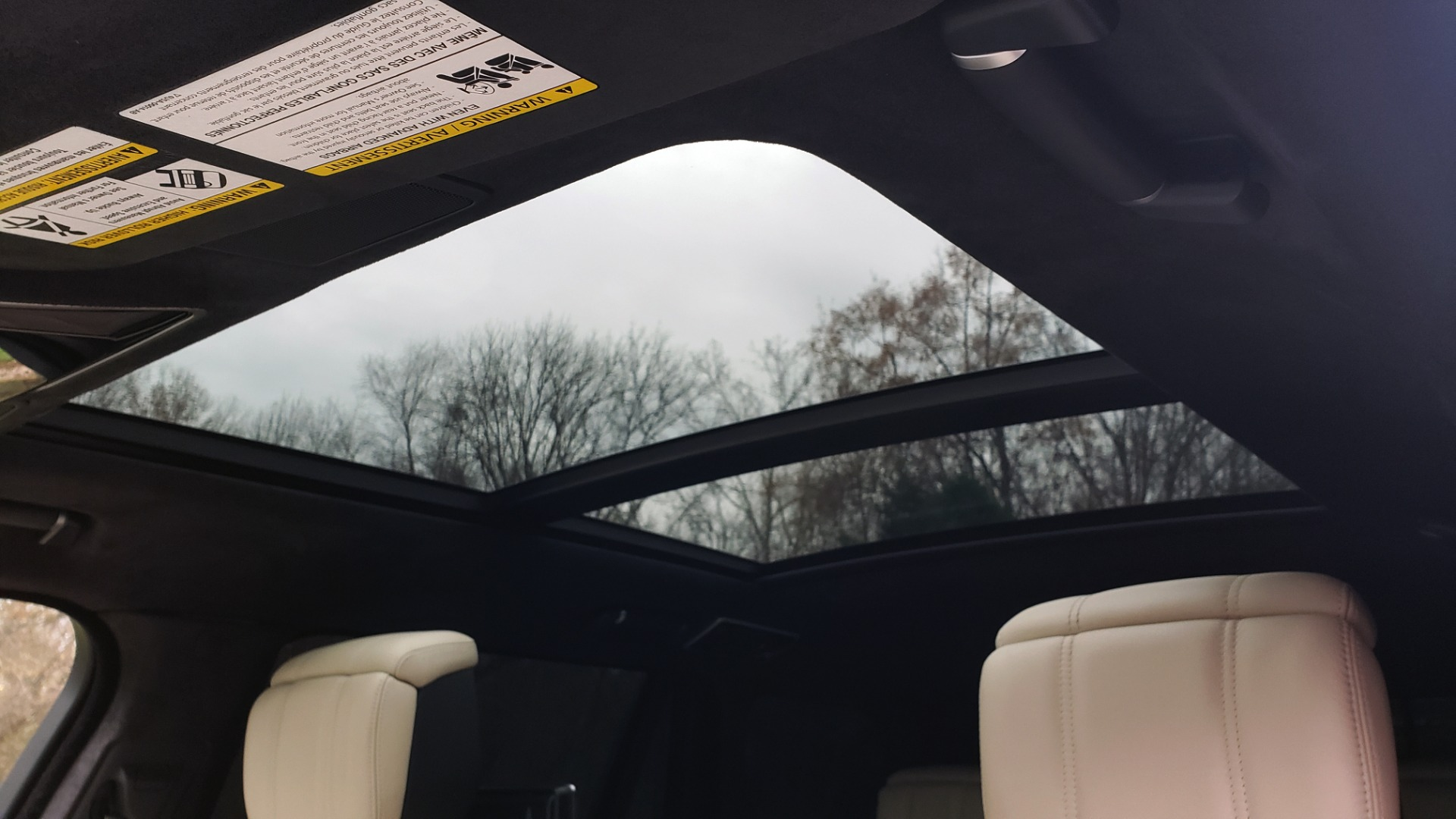 Used 2018 Land Rover RANGE ROVER AUTOBIOGRAPHY SC V8 / LONG / NAV / PANOROOF / ENT SYS / REARVIEW for sale $117,999 at Formula Imports in Charlotte NC 28227 11