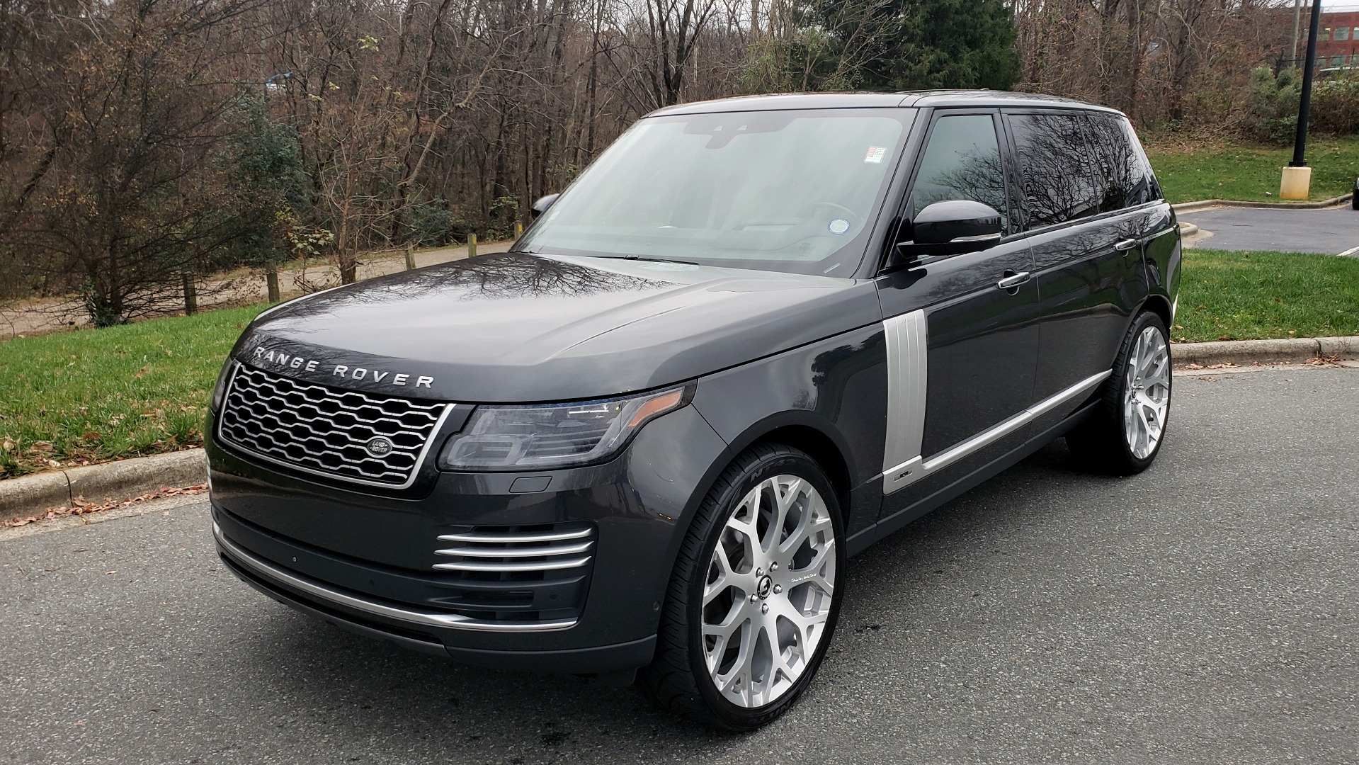 Used 2018 Land Rover RANGE ROVER AUTOBIOGRAPHY SC V8 / LONG / NAV / PANOROOF / ENT SYS / REARVIEW for sale $117,999 at Formula Imports in Charlotte NC 28227 2