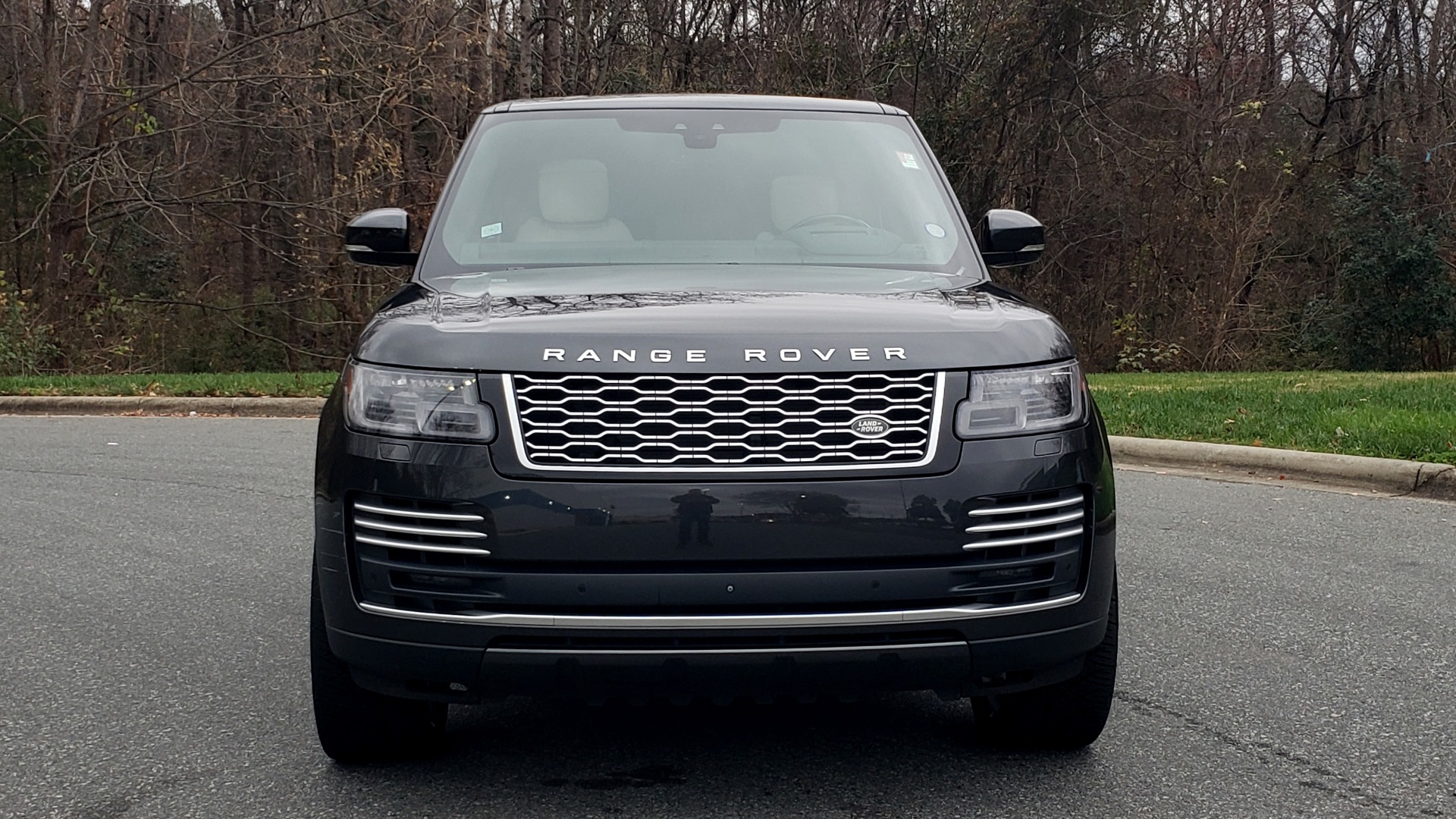 Used 2018 Land Rover RANGE ROVER AUTOBIOGRAPHY SC V8 / LONG / NAV / PANOROOF / ENT SYS / REARVIEW for sale $117,999 at Formula Imports in Charlotte NC 28227 24