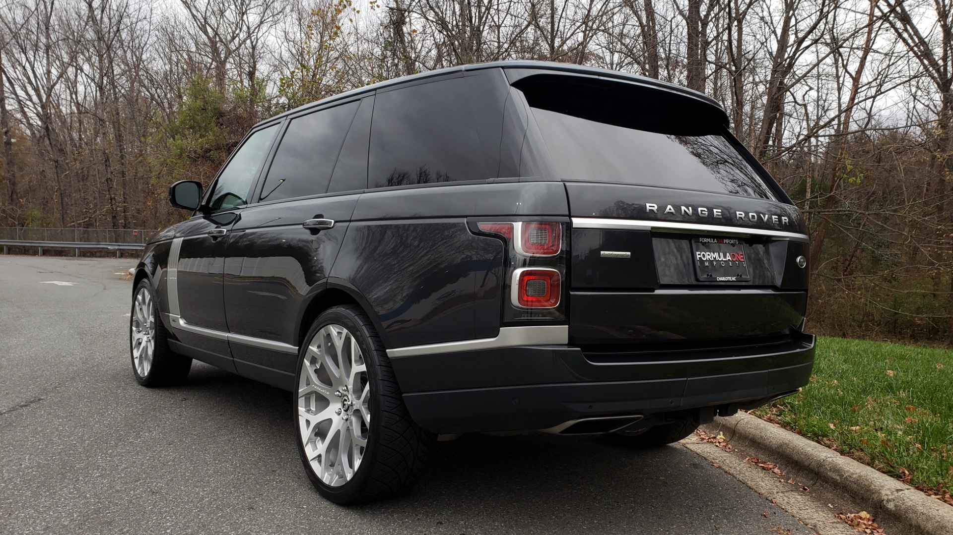 Used 2018 Land Rover RANGE ROVER AUTOBIOGRAPHY SC V8 / LONG / NAV / PANOROOF / ENT SYS / REARVIEW for sale $117,999 at Formula Imports in Charlotte NC 28227 4