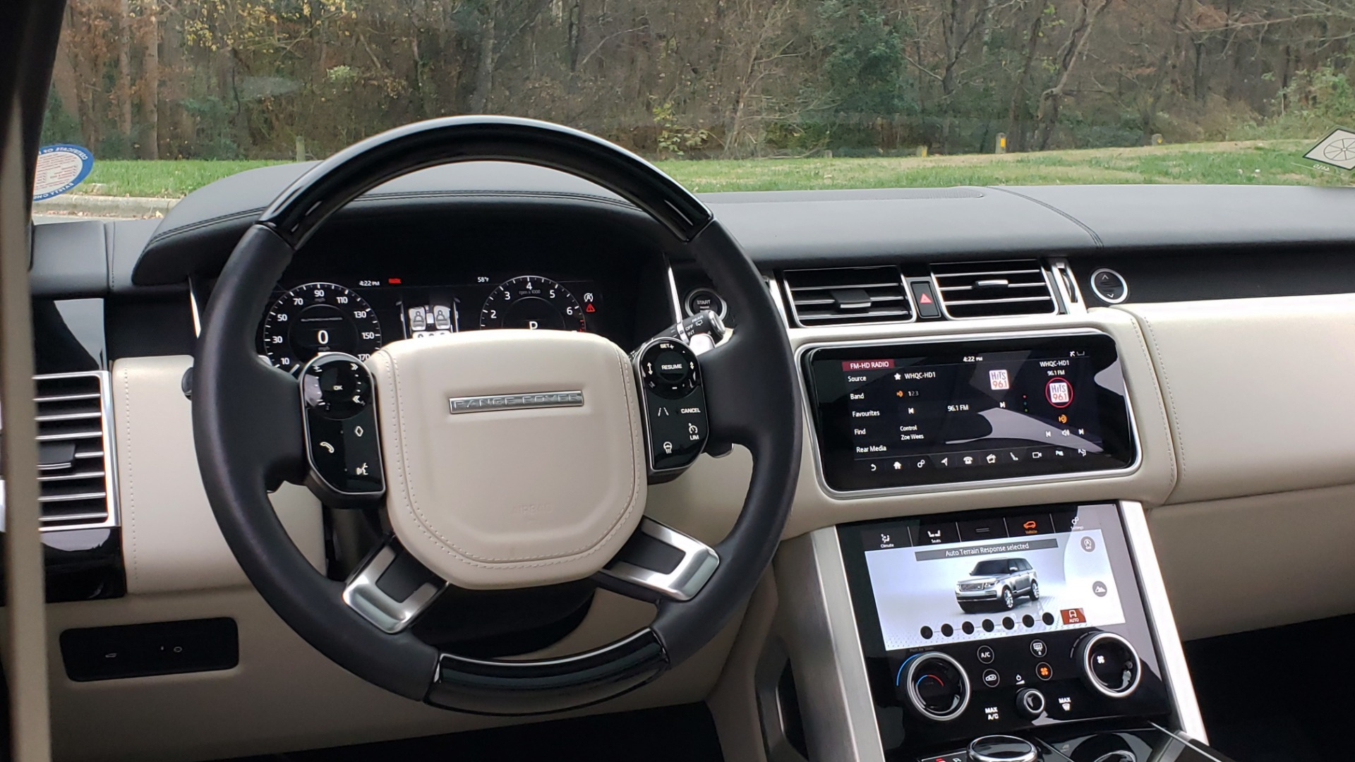 Used 2018 Land Rover RANGE ROVER AUTOBIOGRAPHY SC V8 / LONG / NAV / PANOROOF / ENT SYS / REARVIEW for sale $117,999 at Formula Imports in Charlotte NC 28227 47
