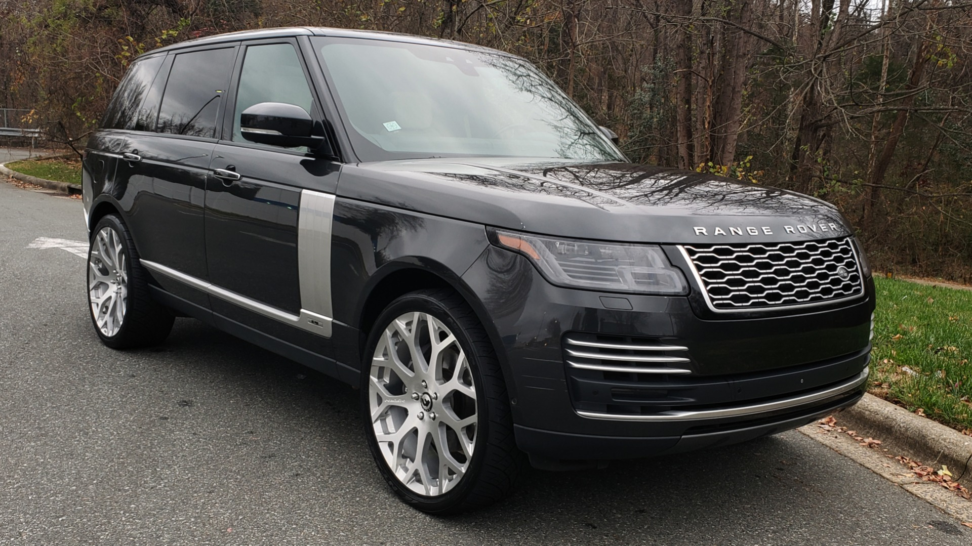 Used 2018 Land Rover RANGE ROVER AUTOBIOGRAPHY SC V8 / LONG / NAV / PANOROOF / ENT SYS / REARVIEW for sale $117,999 at Formula Imports in Charlotte NC 28227 5