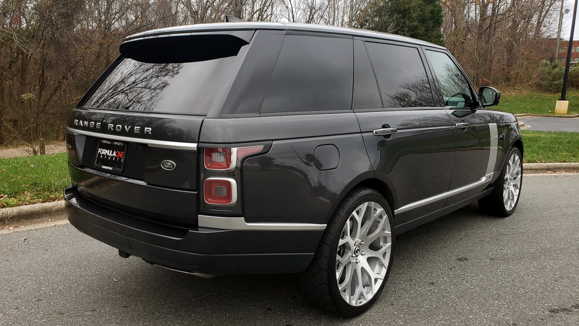 Used 2018 Land Rover RANGE ROVER AUTOBIOGRAPHY SC V8 / LONG / NAV / PANOROOF / ENT SYS / REARVIEW for sale $117,999 at Formula Imports in Charlotte NC 28227 7
