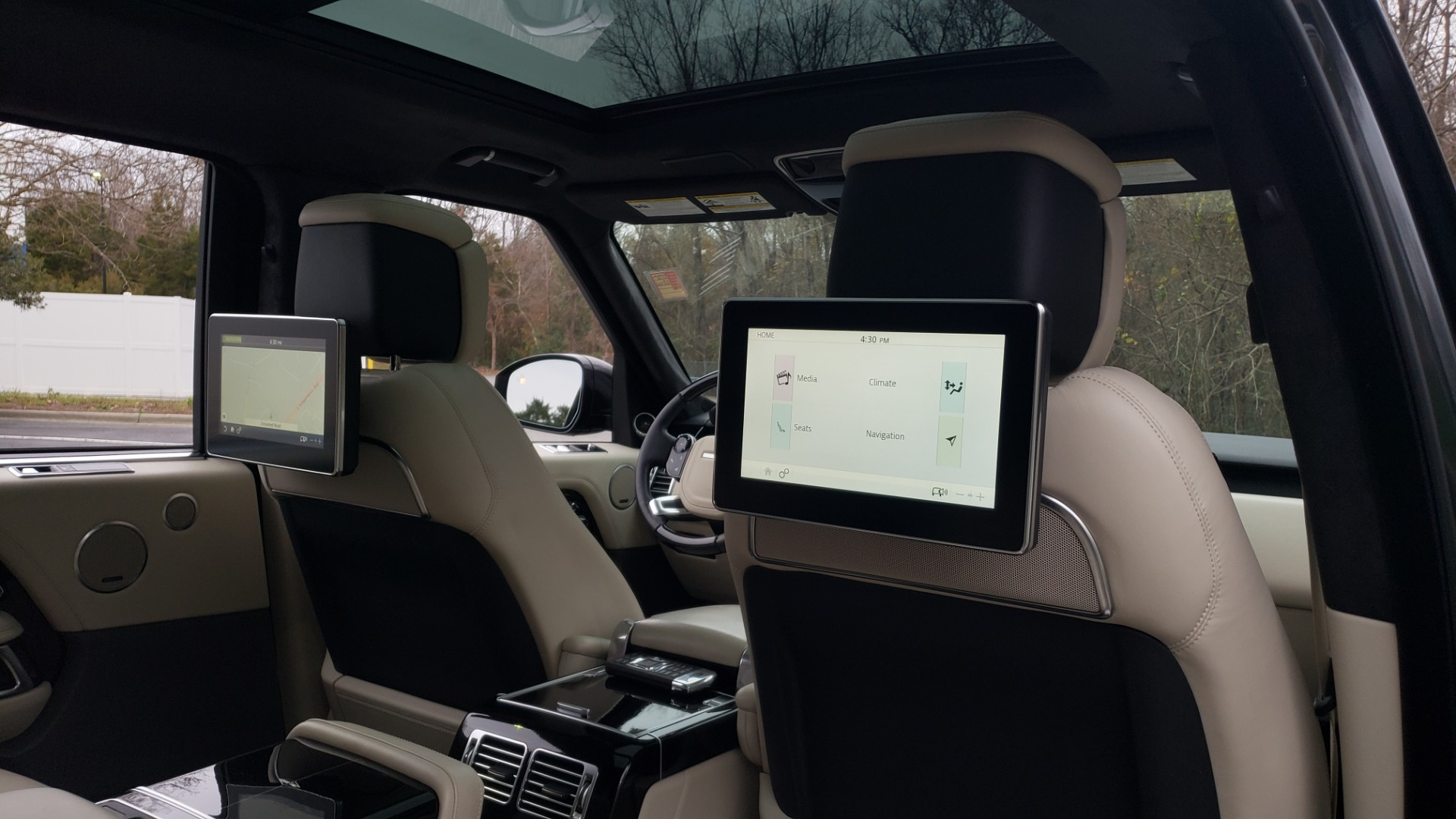 Used 2018 Land Rover RANGE ROVER AUTOBIOGRAPHY SC V8 / LONG / NAV / PANOROOF / ENT SYS / REARVIEW for sale $117,999 at Formula Imports in Charlotte NC 28227 86