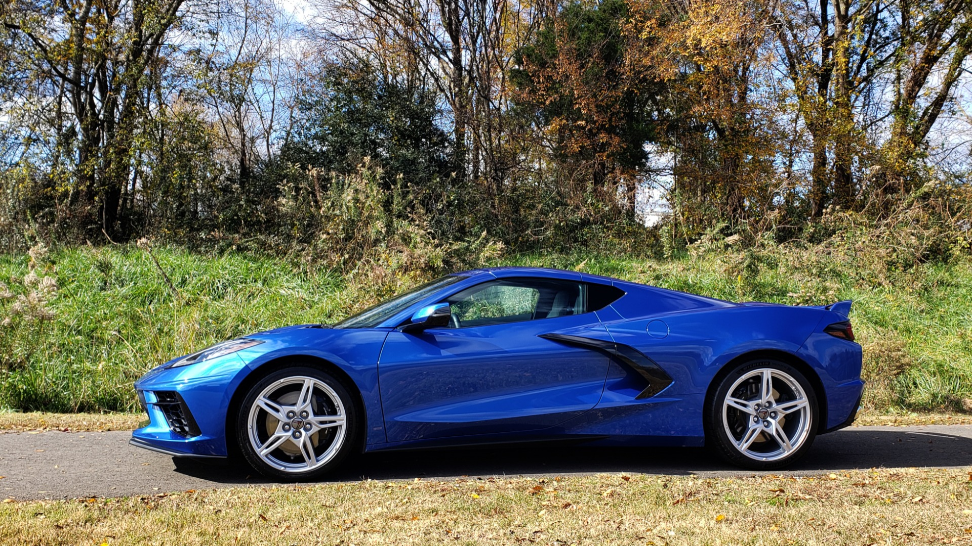 Used 2020 Chevrolet C8 CORVETTE STINGRAY 2LT COUPE / NAV / HUD / BOSE / GT2 SEATS / FRONT LIFT / REARVIEW for sale $98,999 at Formula Imports in Charlotte NC 28227 10