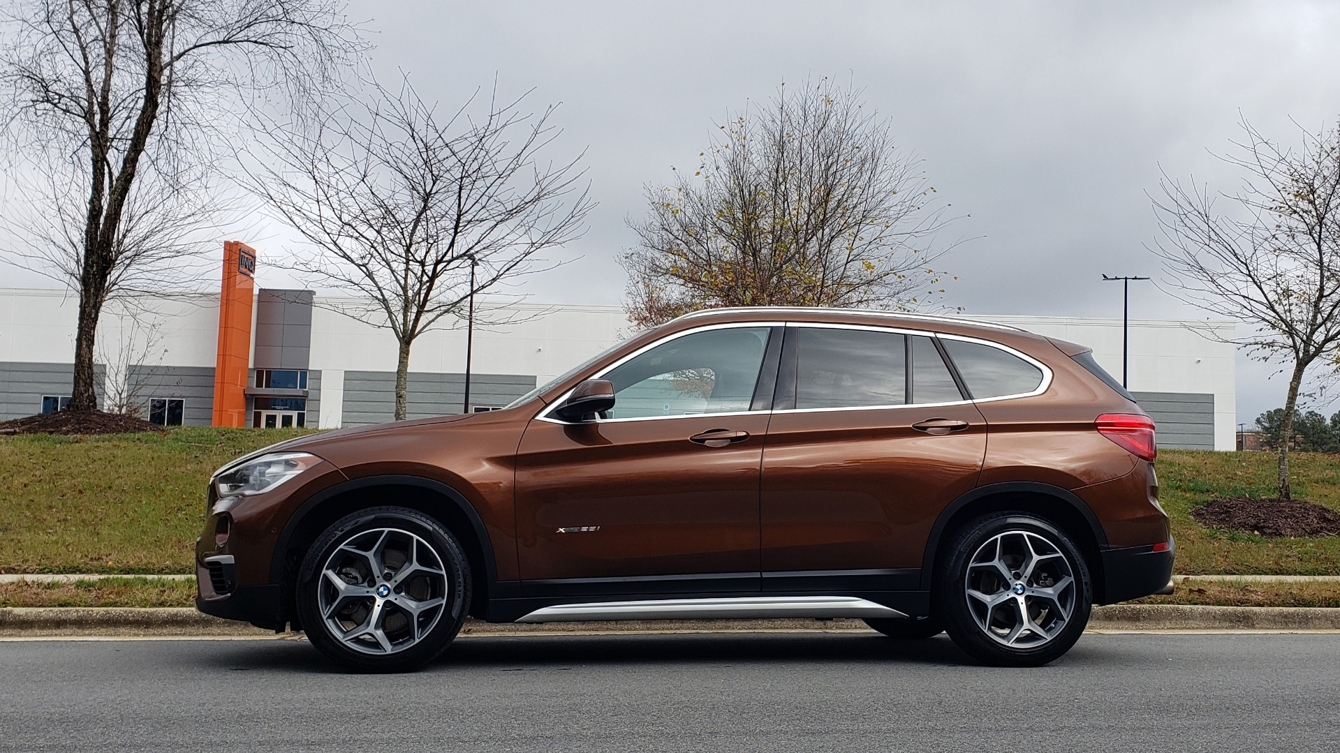 Used 2017 BMW X1 XDRIVE28I / PREM / TECH / DRVR ASST / COLD WTHR / REARVIEW for sale Sold at Formula Imports in Charlotte NC 28227 2