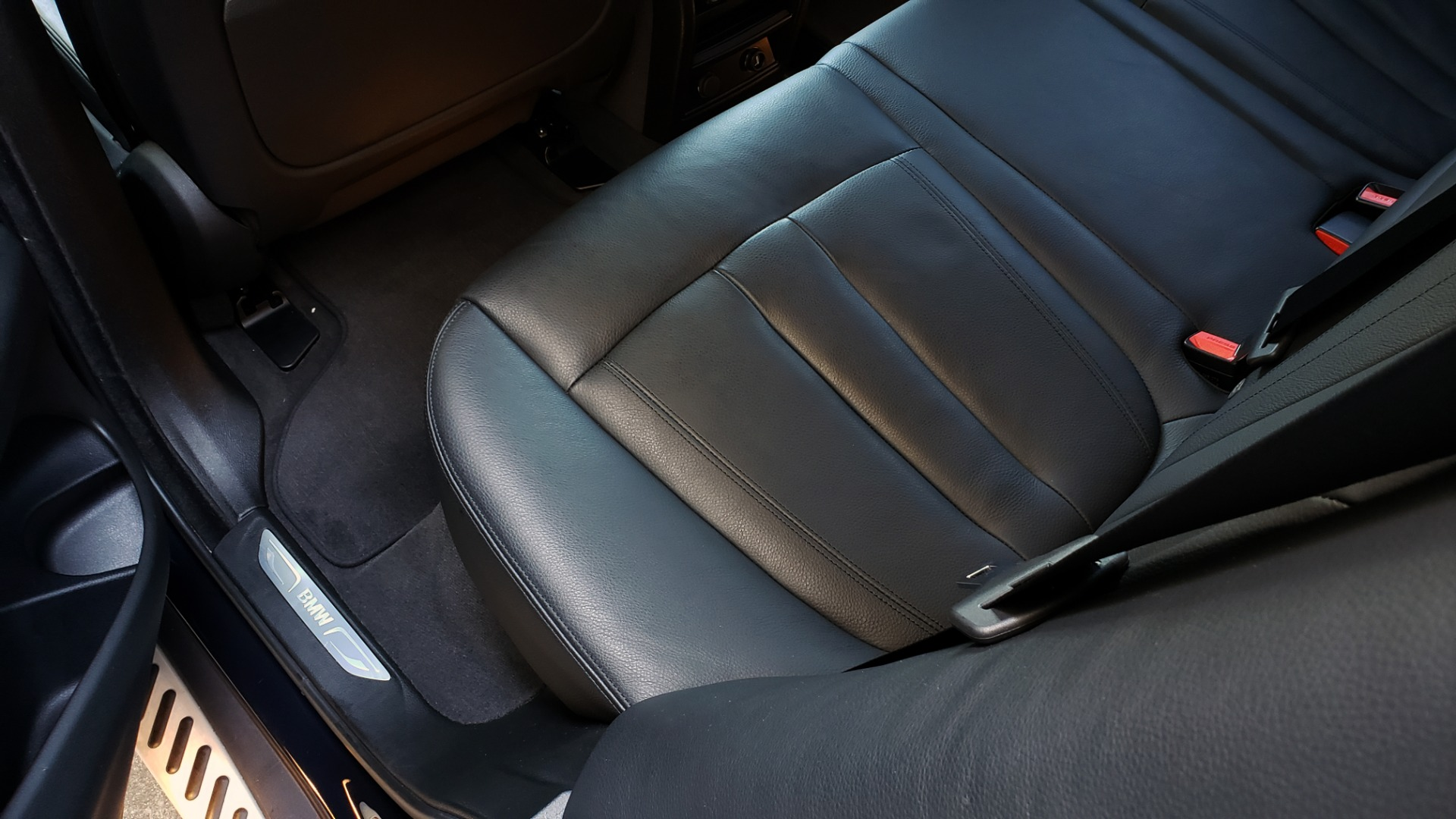 Used 2016 BMW X5 XDRIVE35I / PREM PKG / NAV / DRVR ASST PLUS / REARVIEW for sale $25,765 at Formula Imports in Charlotte NC 28227 43