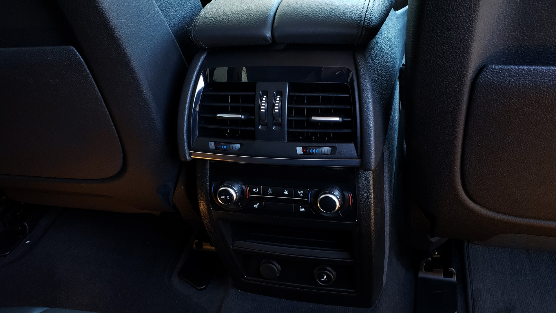 Used 2016 BMW X5 XDRIVE35I / PREM PKG / NAV / DRVR ASST PLUS / REARVIEW for sale $25,765 at Formula Imports in Charlotte NC 28227 53