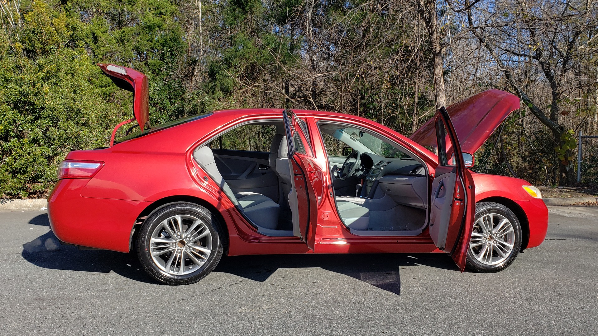 Used 2009 Toyota CAMRY LE / 2.4L SEDAN / FWD / 4-CYL / AUTO / CLOTH / CLEAN for sale Sold at Formula Imports in Charlotte NC 28227 9