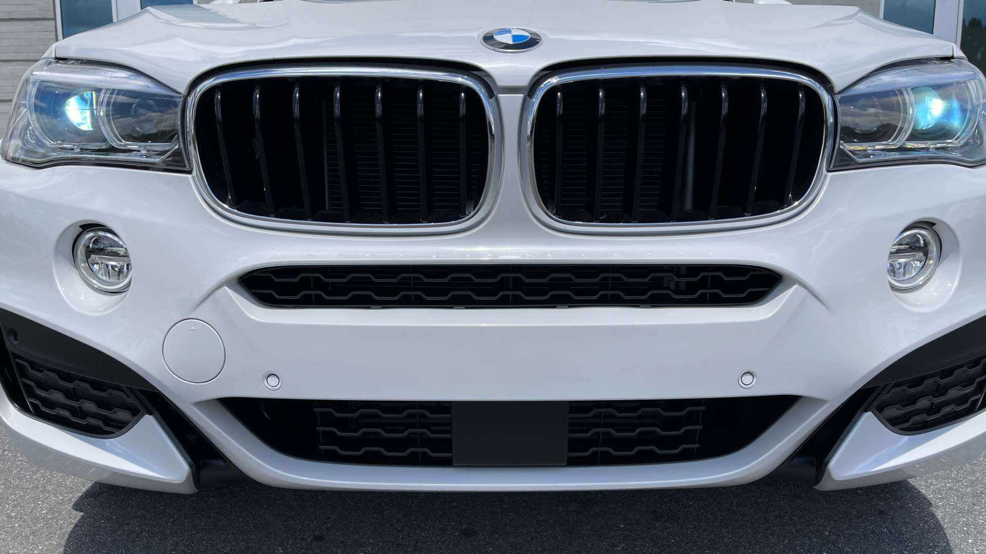 Used 2018 BMW X6 XDRIVE35I M-SPORT / NAV / DRVR ASST PLUS / ADAPT M-SUSP / REARVIEW for sale Sold at Formula Imports in Charlotte NC 28227 15